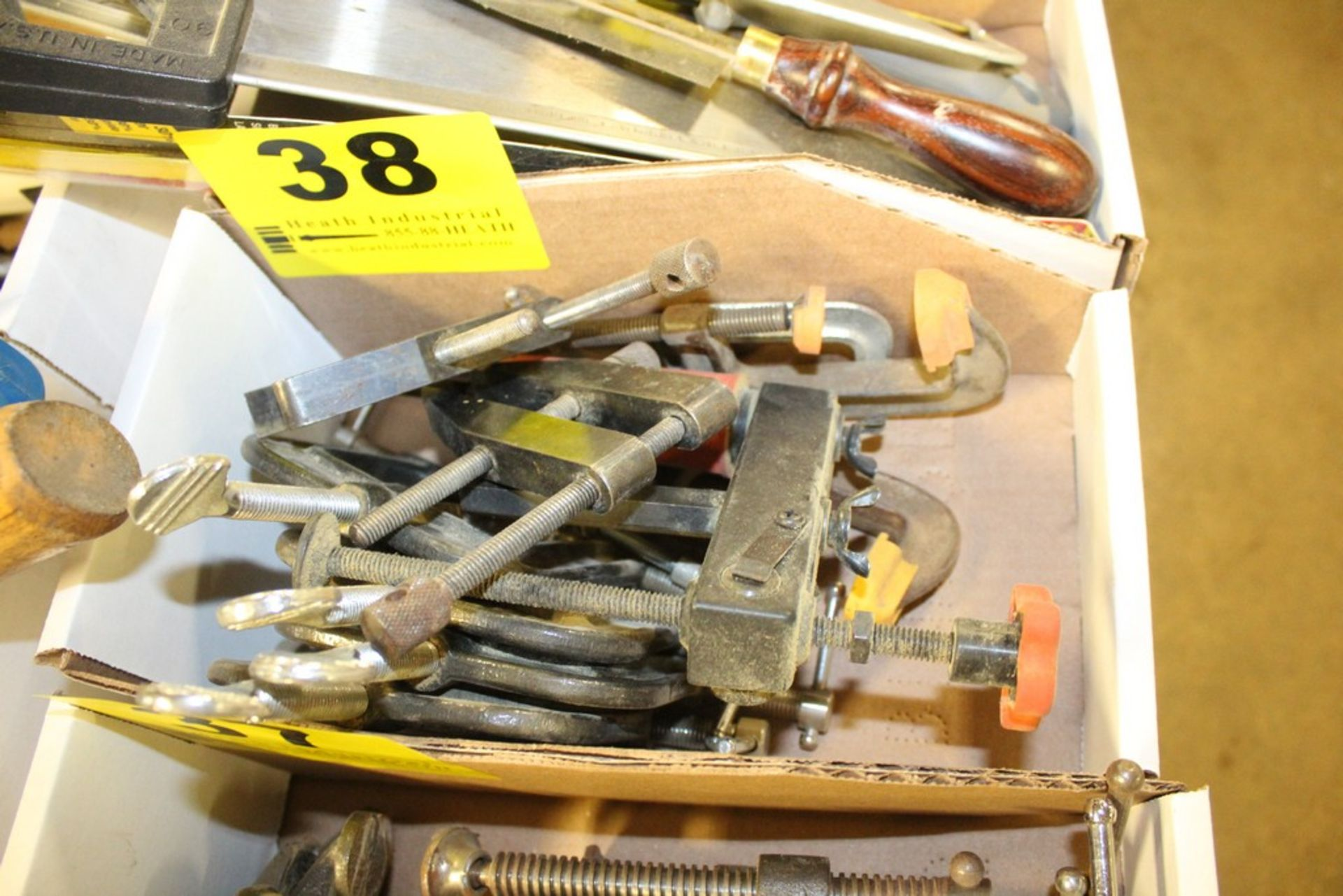 Lot 38 - ASSORTED C-CLAMPS IN BOX