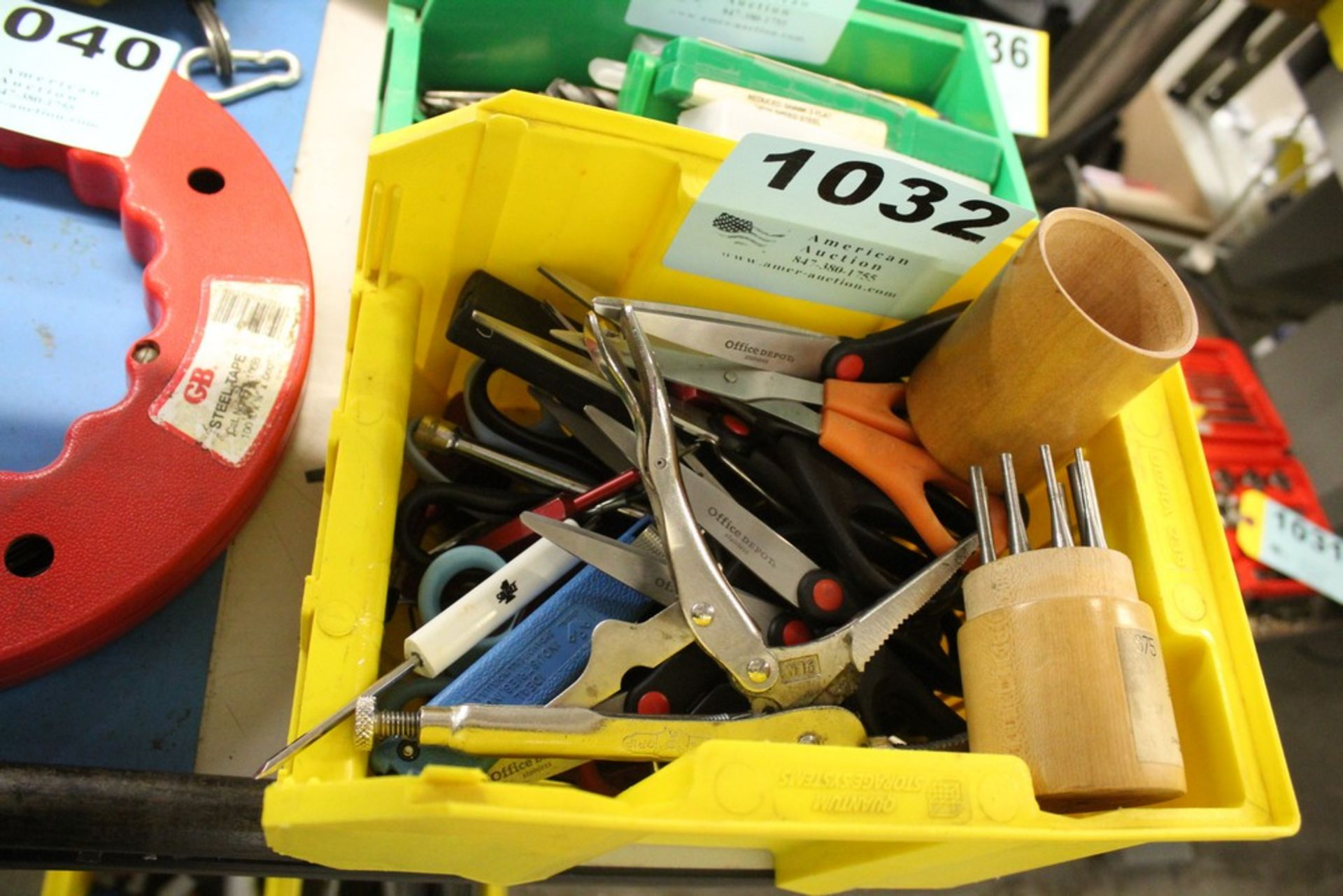 Lot 1032 - ASSORTED HAND TOOLS