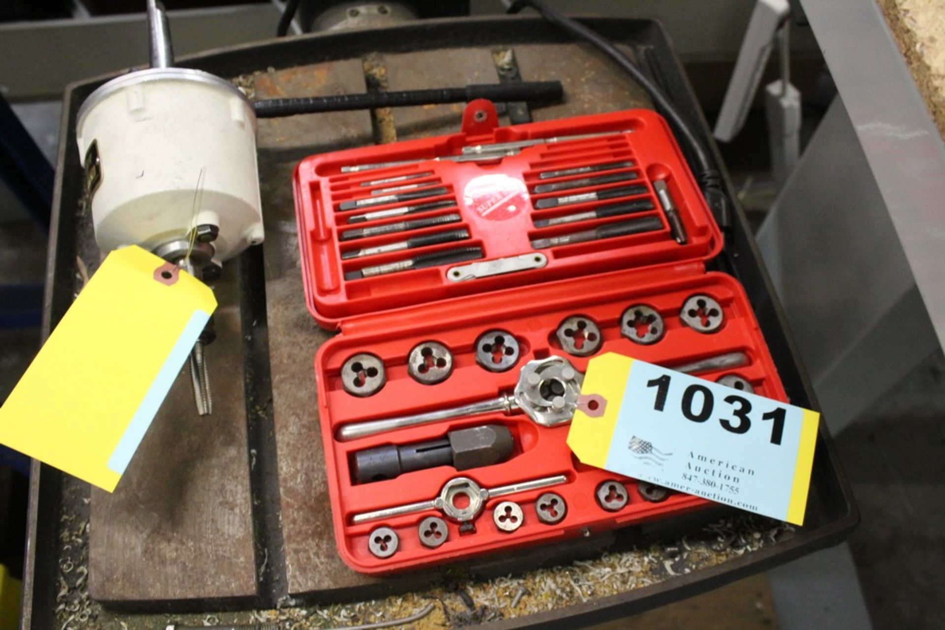 Lot 1031 - HANSON TAP AND DIE SET