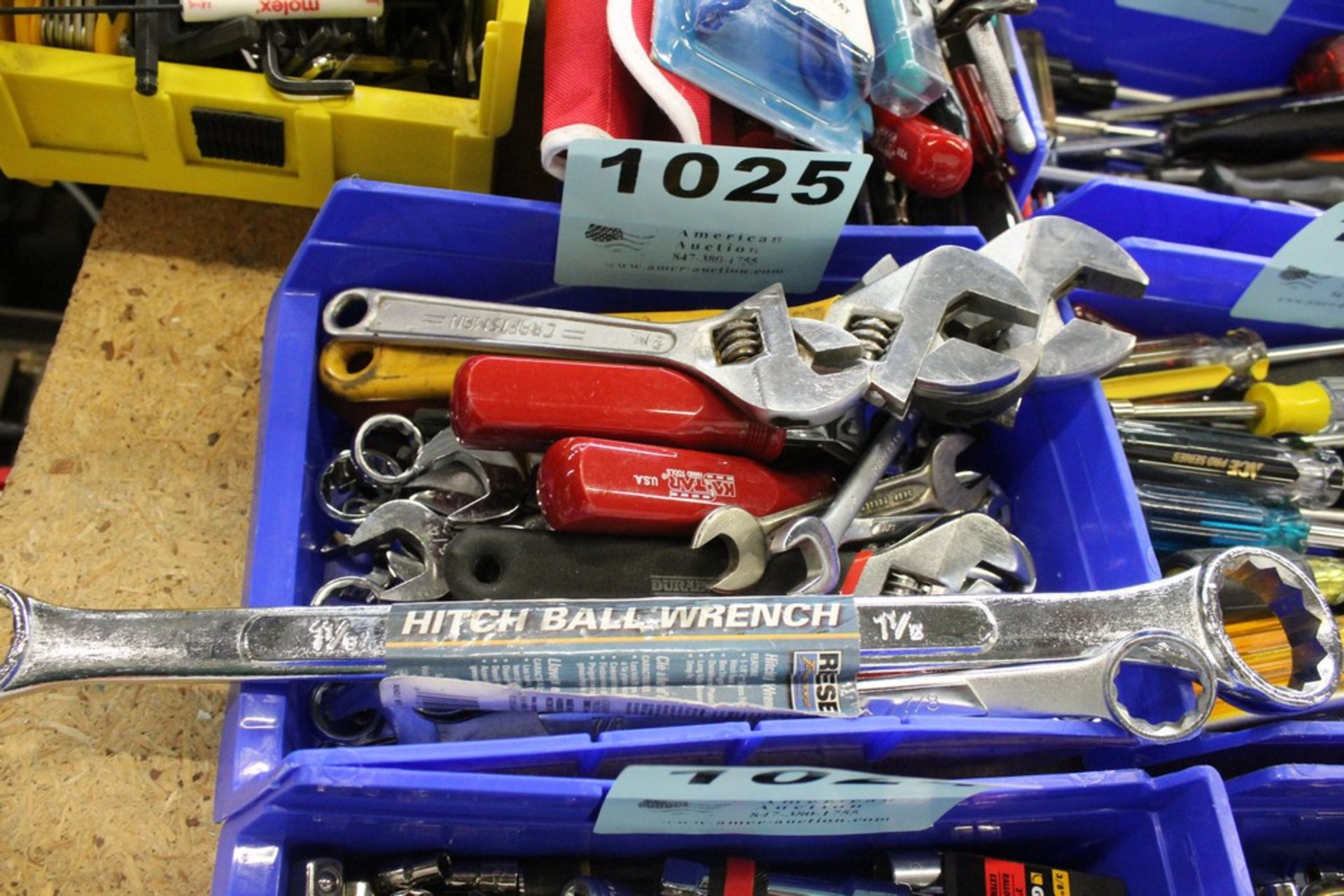 Lot 1025 - ASSORTED CRESCENT AND BOX WRENCHES