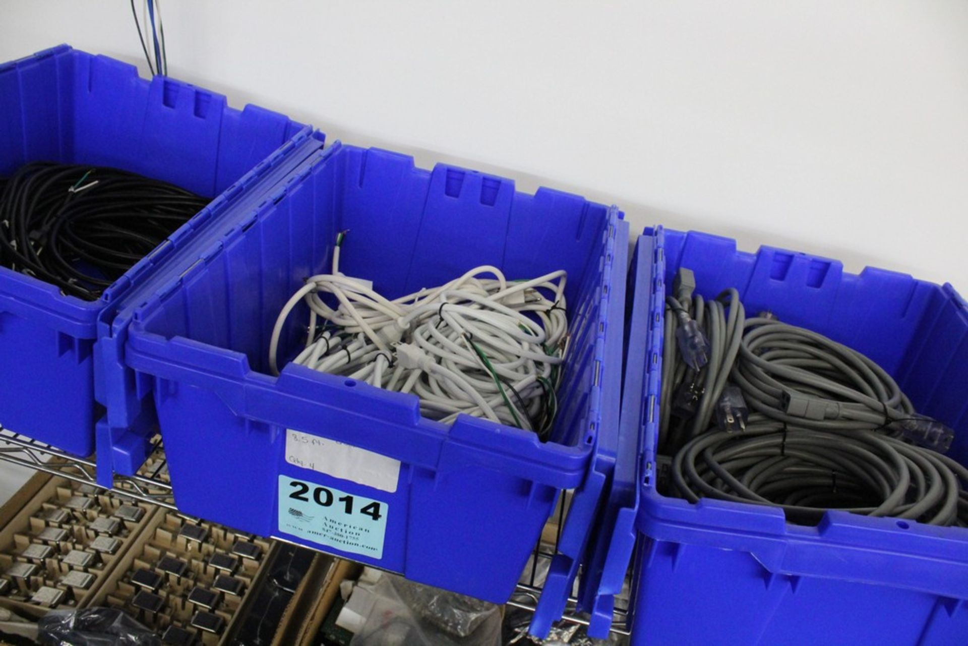 Lot 2014 - WIRING COMPONENTS ON SHELF