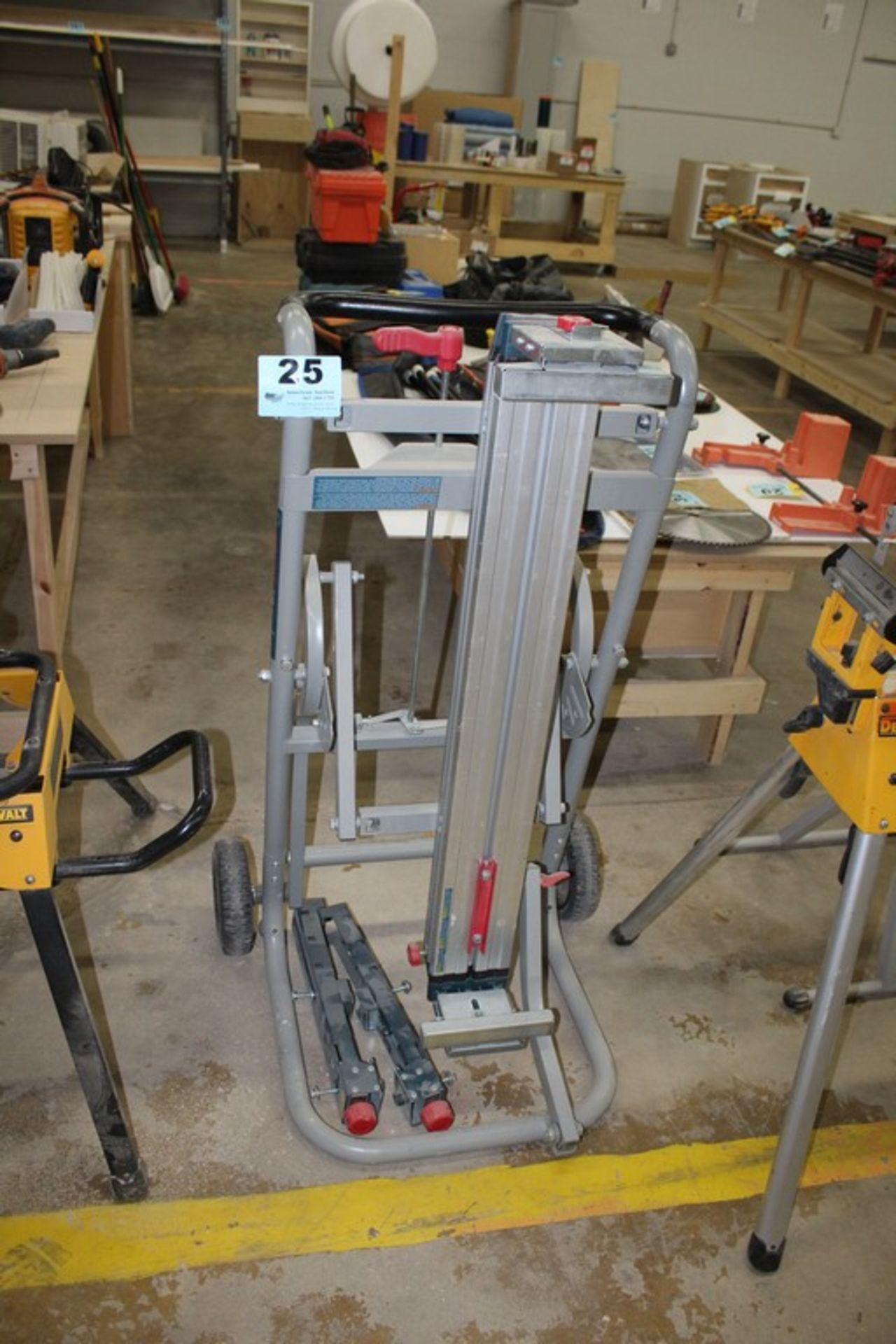Lot 25 - BOSCH PORTABLE SAW CART