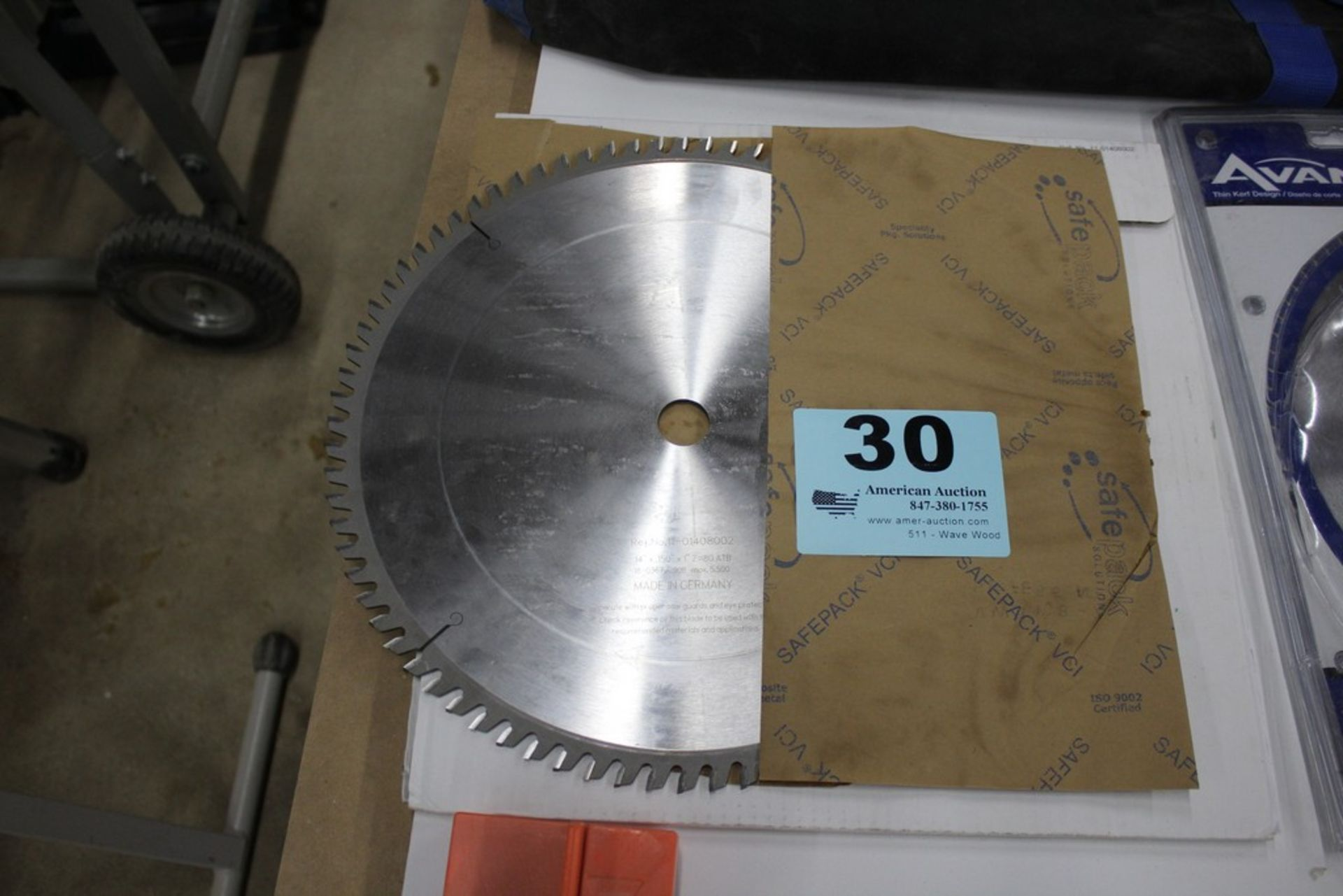 "Lot 30 - 14"" CARBIDE TIPPED SAW BLADE 14"" X .150"" X 1"""