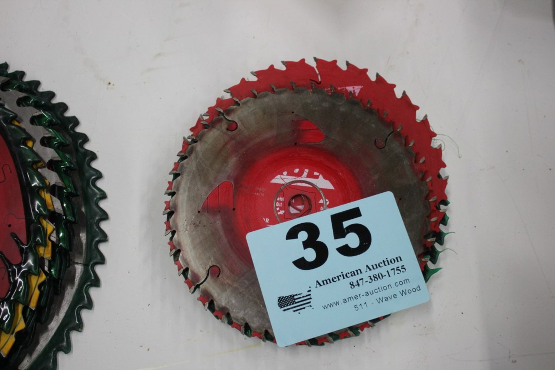 """Lot 35 - ASSORTED 7 1/4"""" SAW BLADES"""
