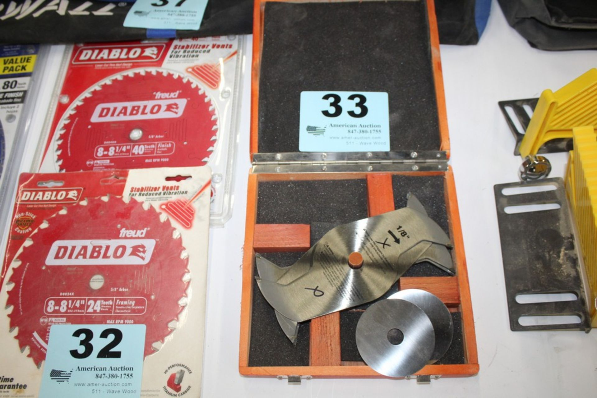"Lot 33 - 1/8"" CHIPPER BLADE SET"