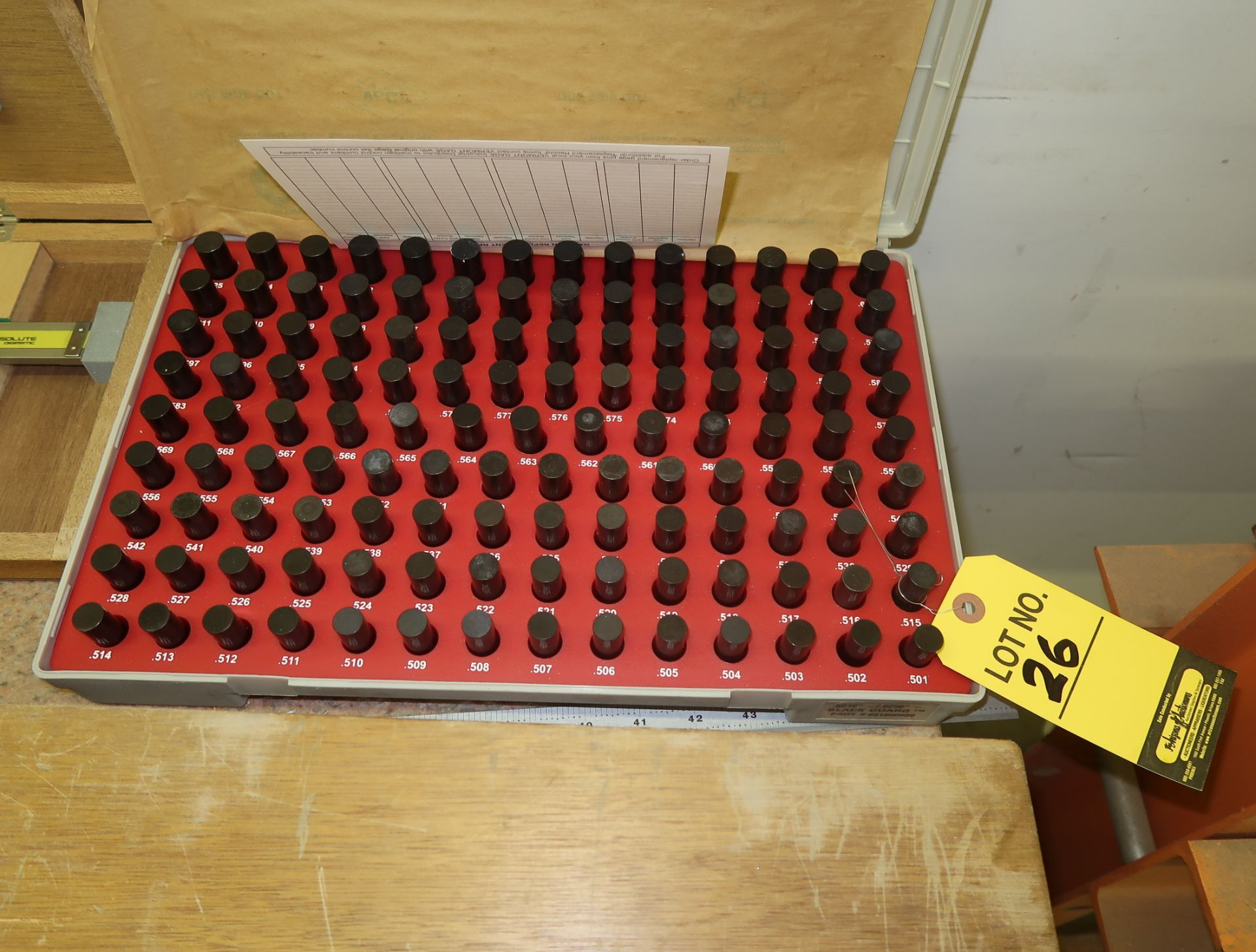 Lot 26 - VERMONT GAGE PIN GAGE SET .501-.625
