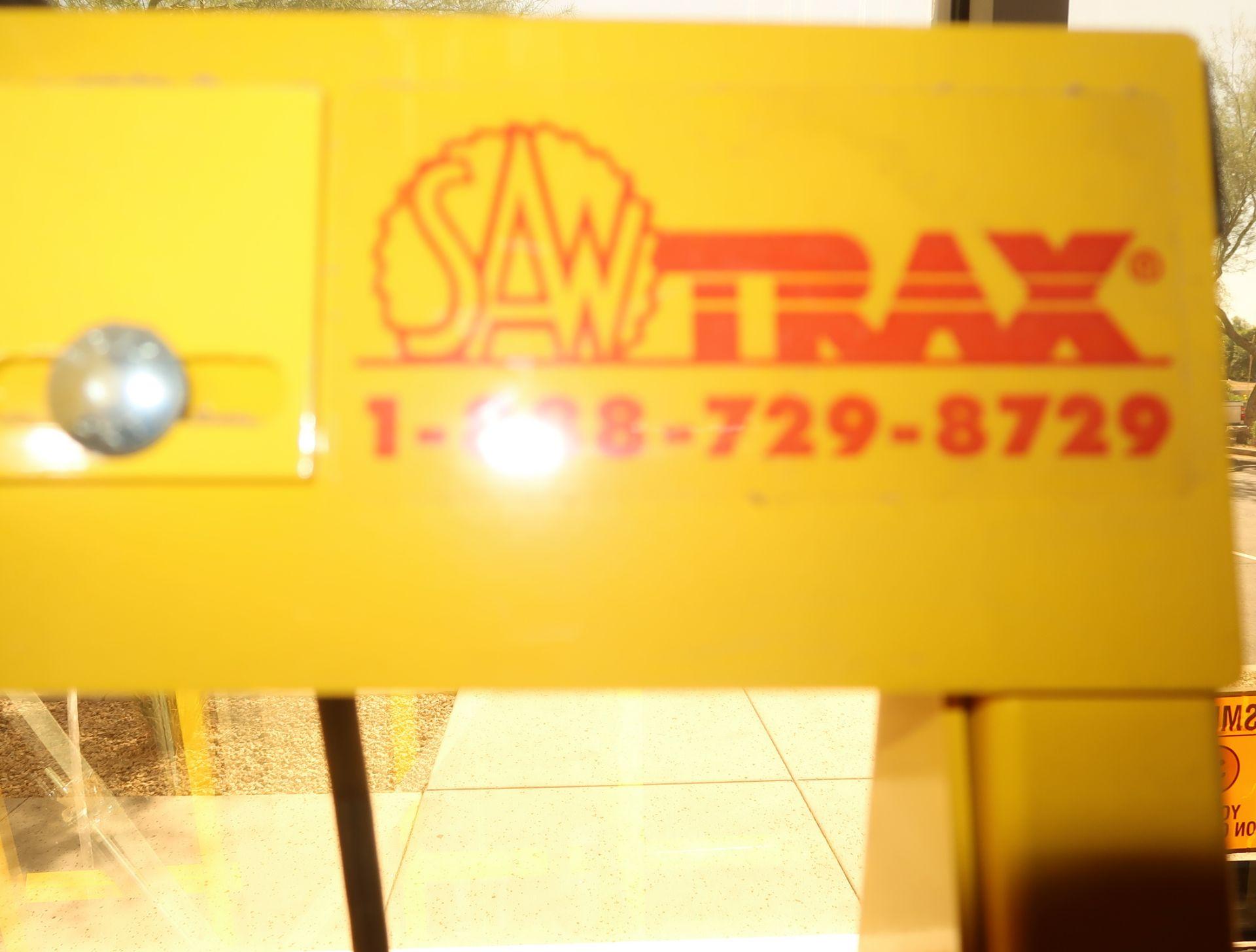 Lot 27 - SAW TRAX ACCUSQUARE VERTICAL/HORIZONTAL PANEL SAW W/ MAKITA SKILL SAW