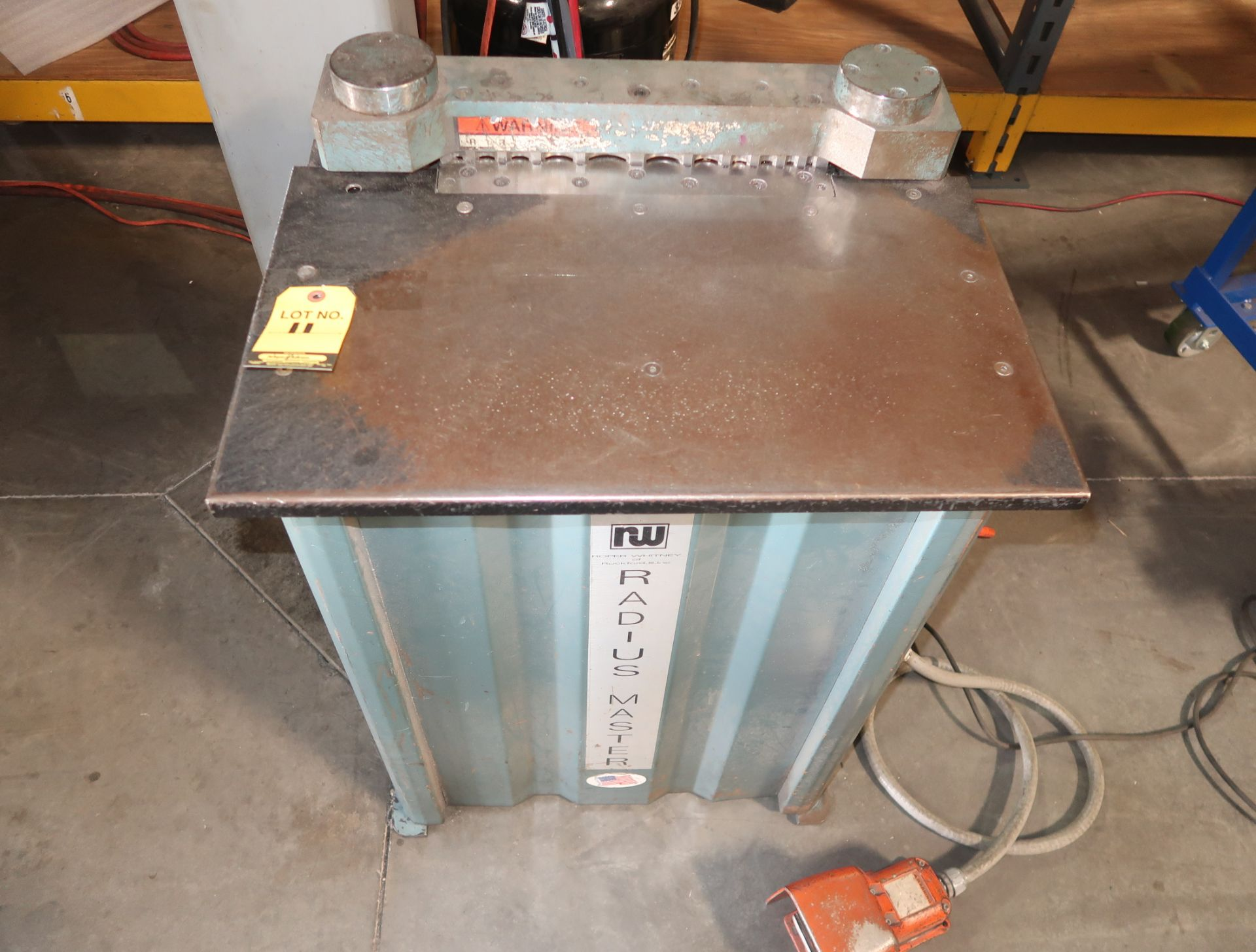 "Lot 11 - ROPER WHITNEY RADIUS MASTER NOTCHER 3/16"" CAPACITY MDL. 911 SN. 262302"