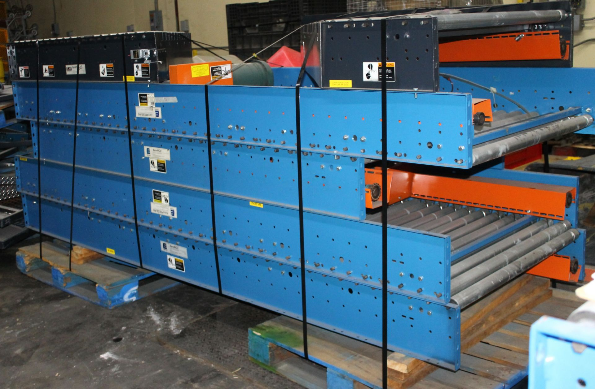 """Lot 17 - 38 FT OF 42""""W POWERED CONVEYOR WITH MOTOR"""