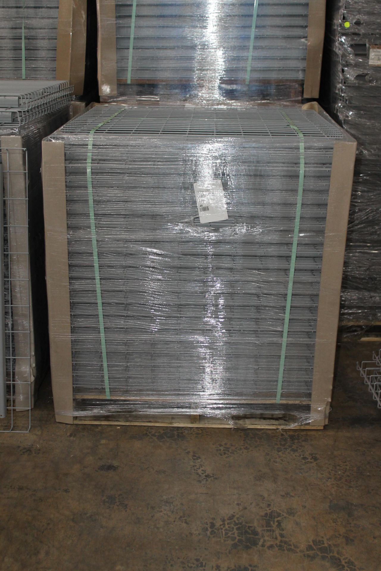 "Lot 30 - NEW 40 PCS OF STANDARD 42"" X 46"" WIREDECK - 2200 LBS CAPACITY"