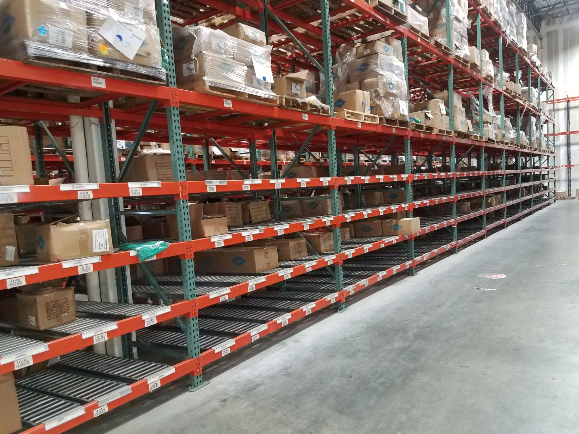 """Lot 10 - 11 BAYS OF 20'H X 42""""D X 96""""L USED TEARDROP STYLE PALLET RACKS WITH UNEX SPAN TRACK FLOW RAILS"""