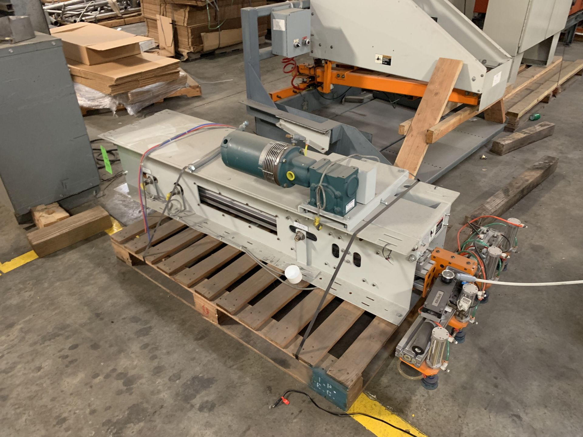 Lot 18 - Alvey Slip Sheet Inserter with Control Panel and Feeder