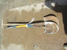 (3) Round Point Shovels, Located in Wildwood, MO