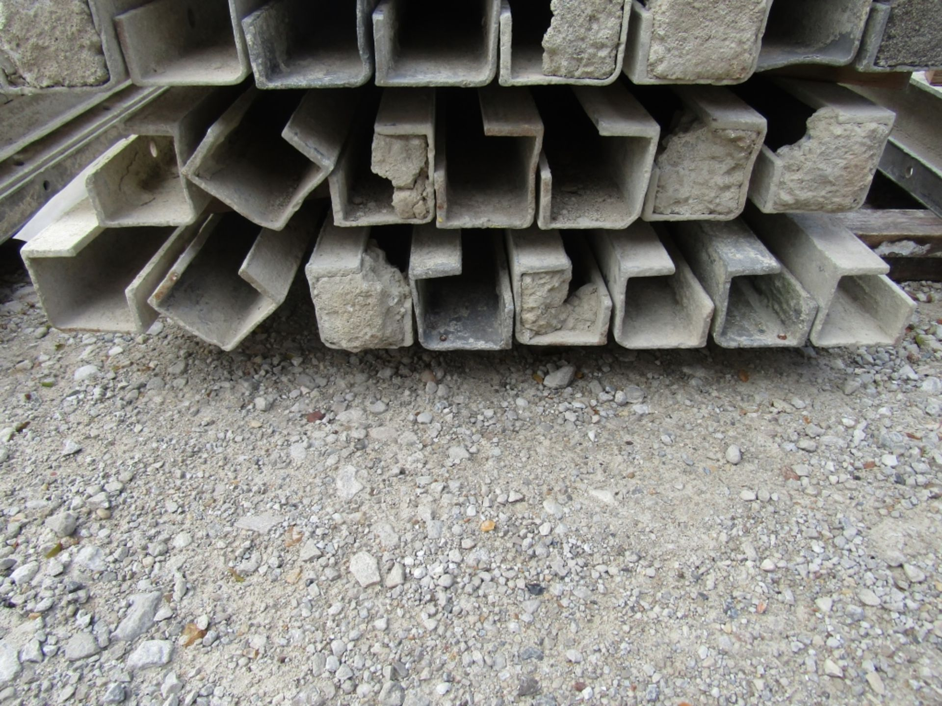 """(15) 4"""" x 4"""" x 8' Durand Concrete Forms, Inside Corners, Smooth 6-12 Hole Pattern, Full - Image 3 of 3"""