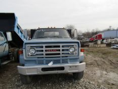 1986 GMC 7000 Flatbed Pick up Truck, Dually, VIN# 1GDL7D1B2GV500976, Miles 94,127, 5 Speed Manual