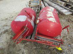 (2) Fuel Tanks