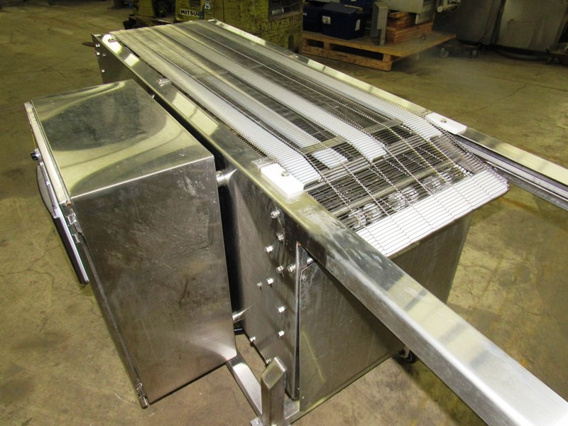 "Lot 1 - Bridge Machine Co. Mdl. SCA18/42 Stainless Steel Shuttle Conveyor, 18"" W X 68"" L belt, 114"" L"