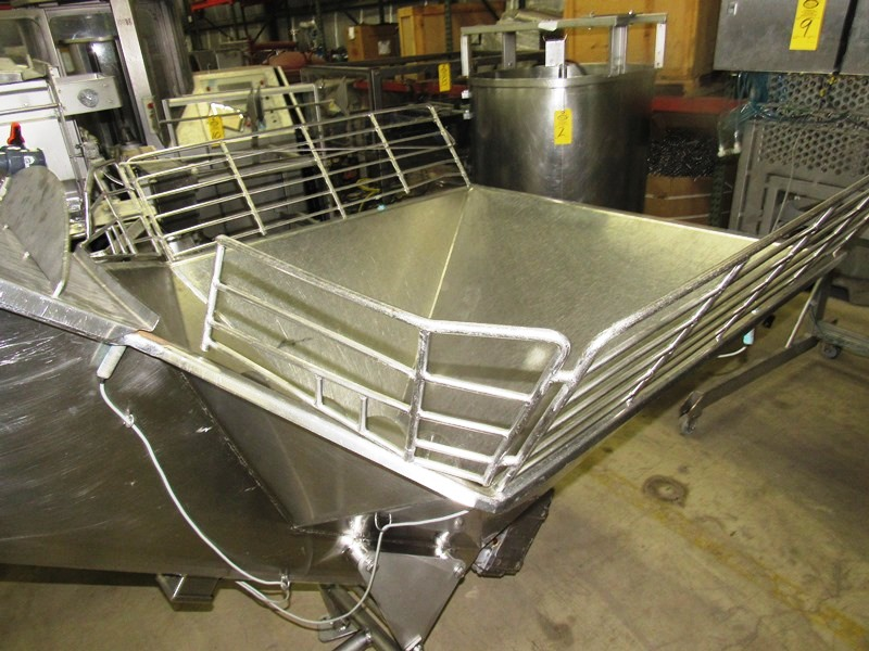 "Lot 13 - Equip Mdl. 249 Stainless Steel Screw Conveyor, Ser. #11871, 16"" Dia. X 9' L screw, 80"" discharge,"