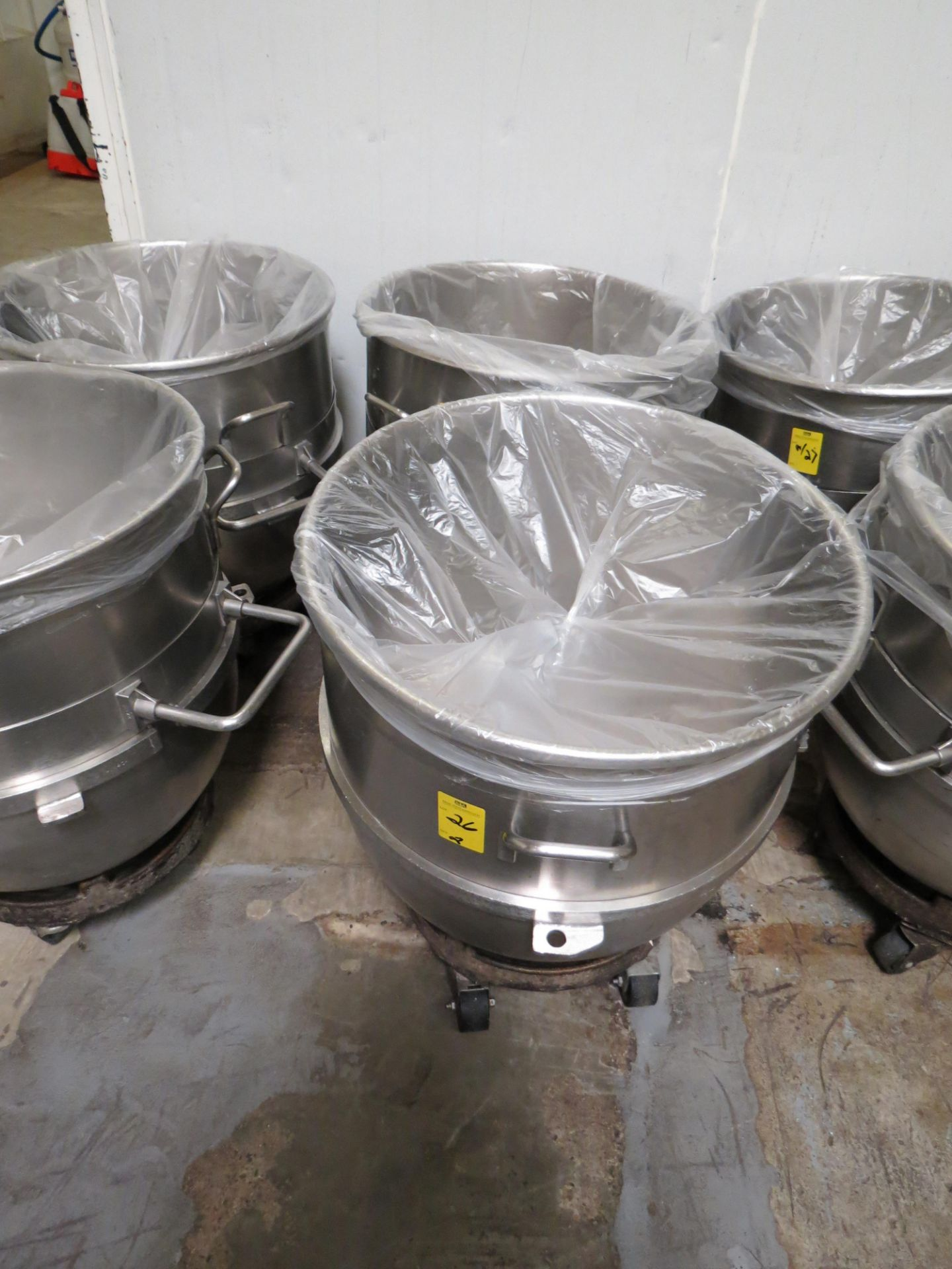 Lot 26 - STAINLESS STEEL HOBART MIXING BOWLS 40 GALLLON