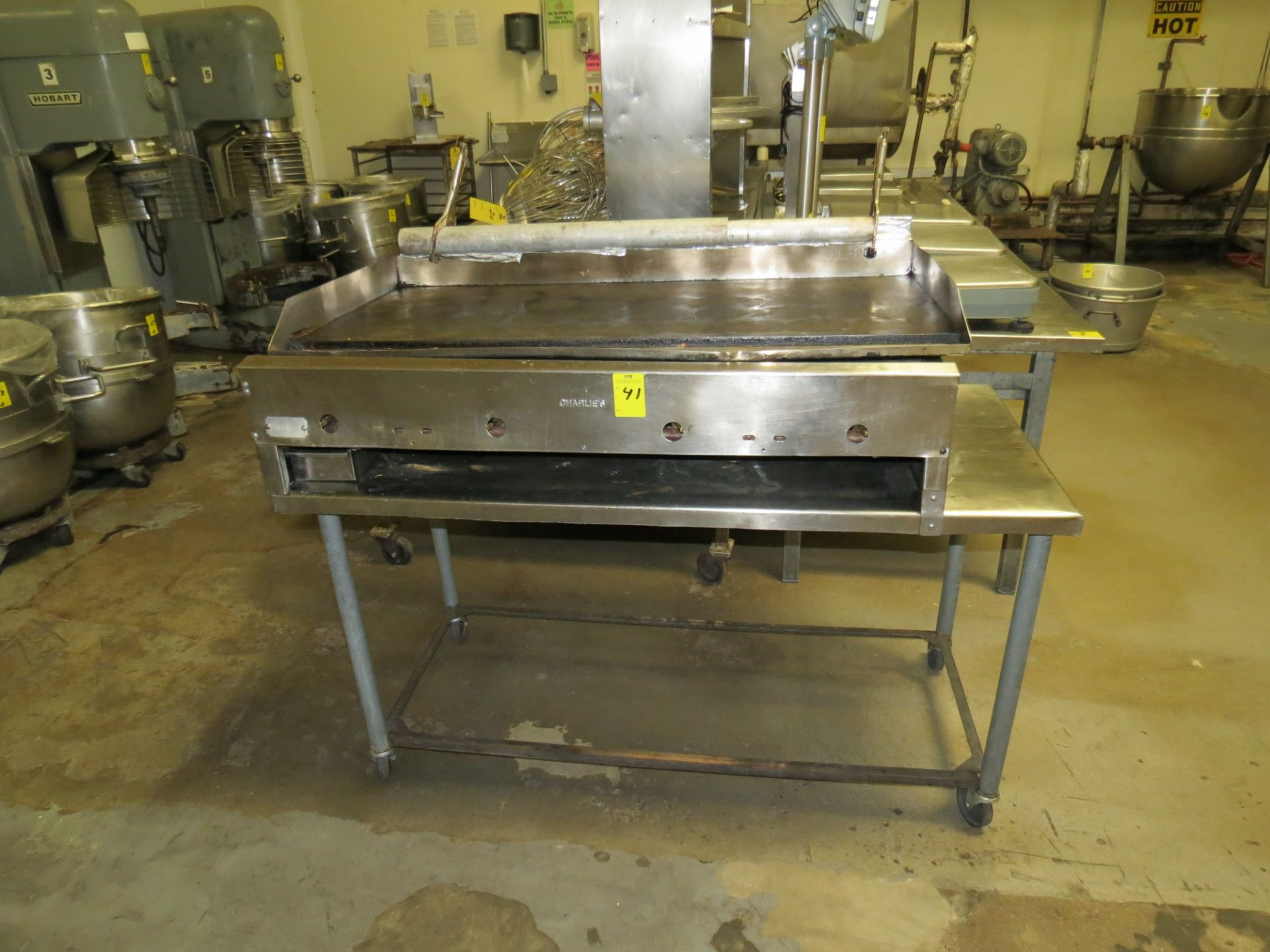 Lot 41 - CHARLIES 4 BURNER STAINLESS STEEL GRILL