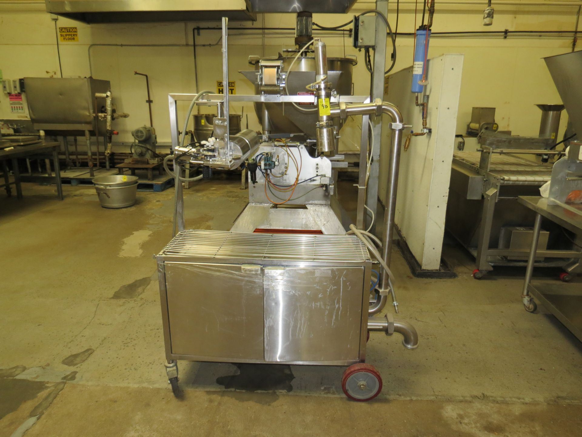 Lot 40 - CLEVELAND BAG FILLER MACHINE MODEL MFS-Y SN: WT3796-03C-01