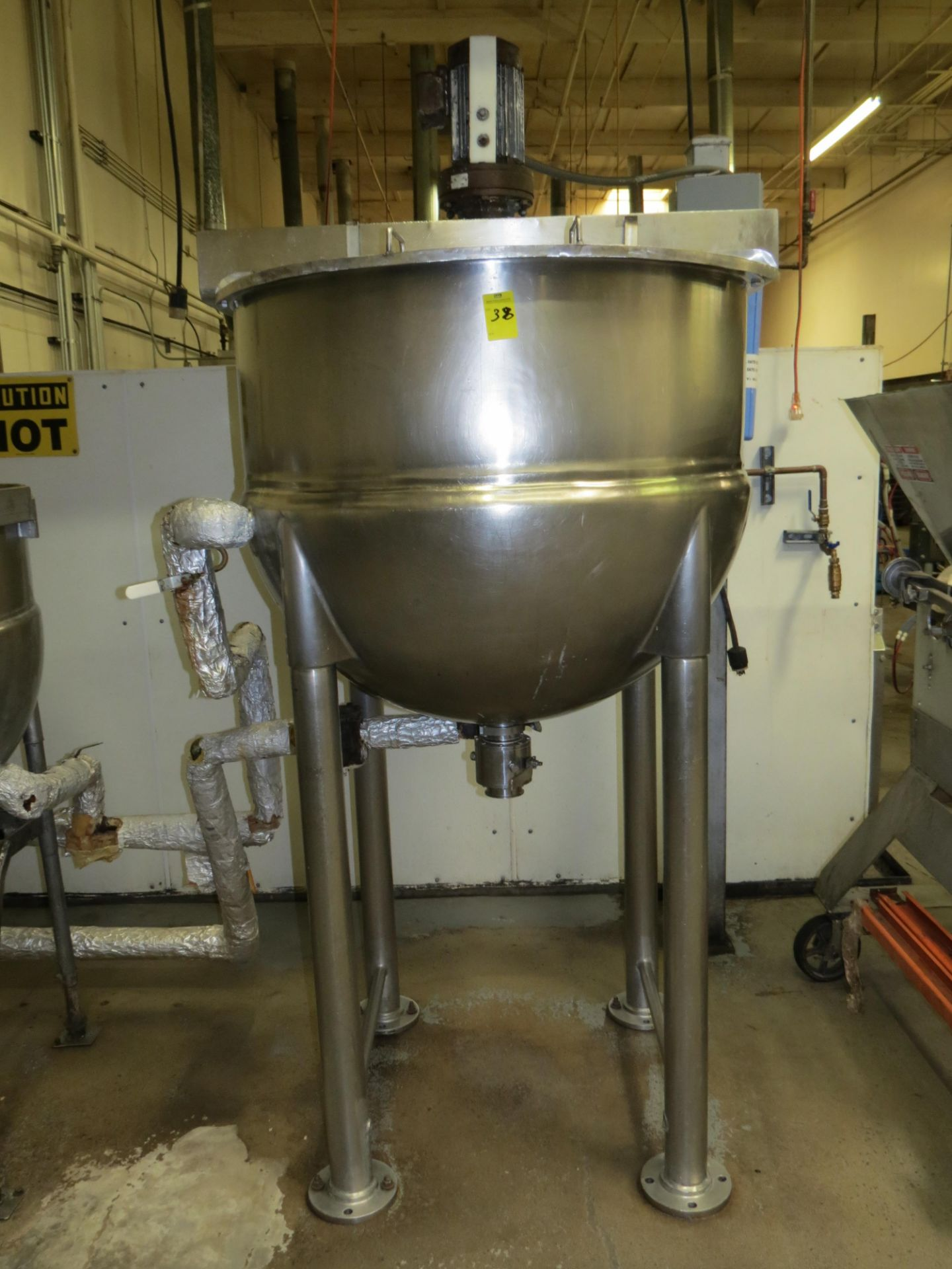 Lot 38 - 1997 LEE INDUSTRIES STAINLESS STEEL 125 GALLON STEAM KETTLE WITH AGITATOR, MDL: 150D7S , SN: C54354