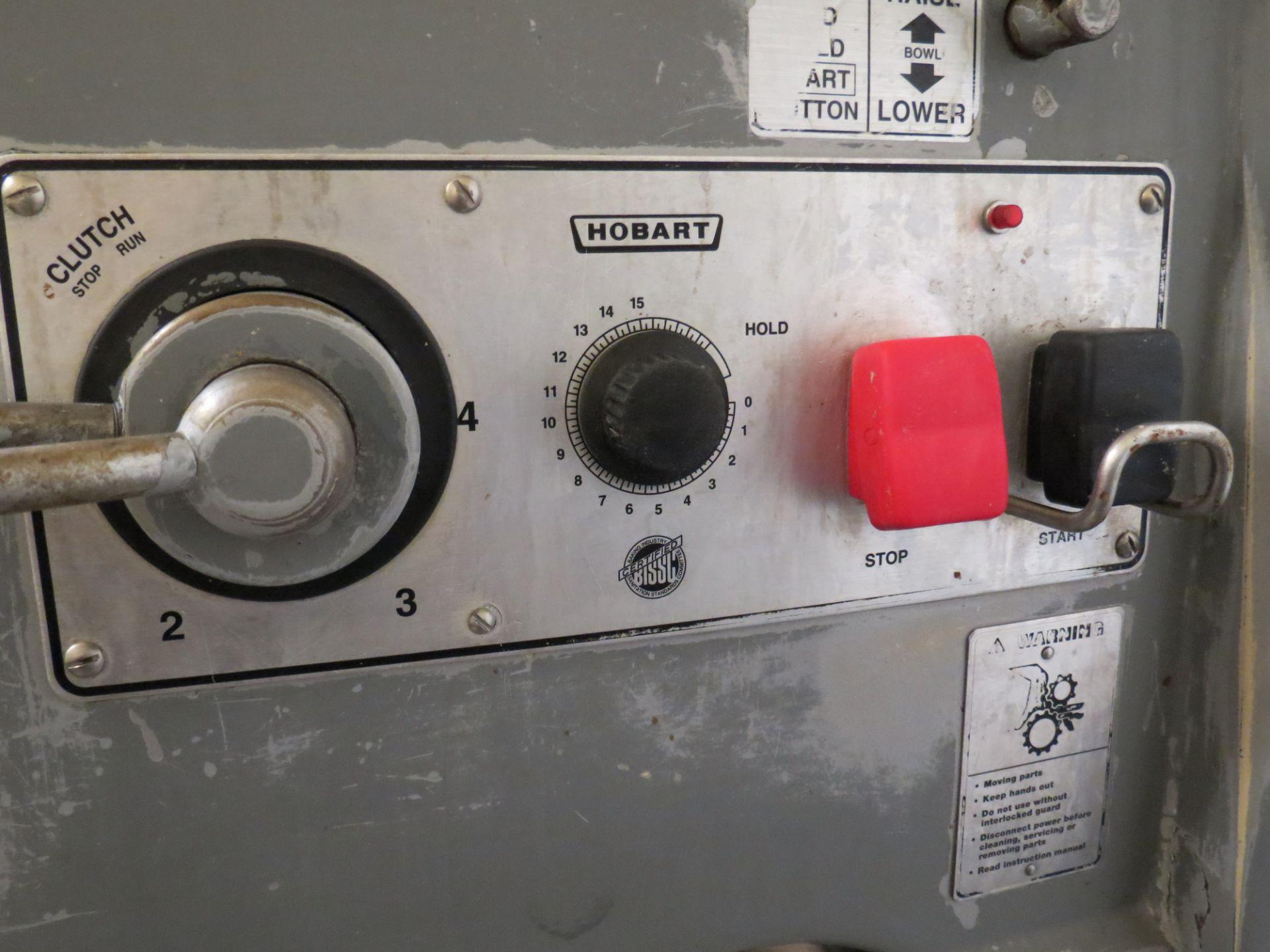 Lot 17 - HOBART V-1401 SERIES MIXER SN: 31-1182-387