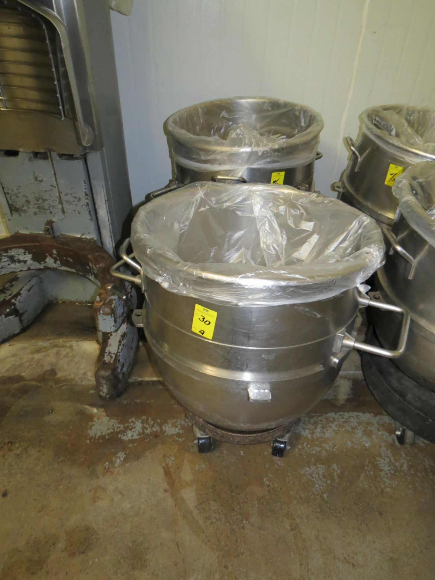 Lot 30 - STAINLESS STEEL HOBART MIXING BOWLS 40 GALLLON