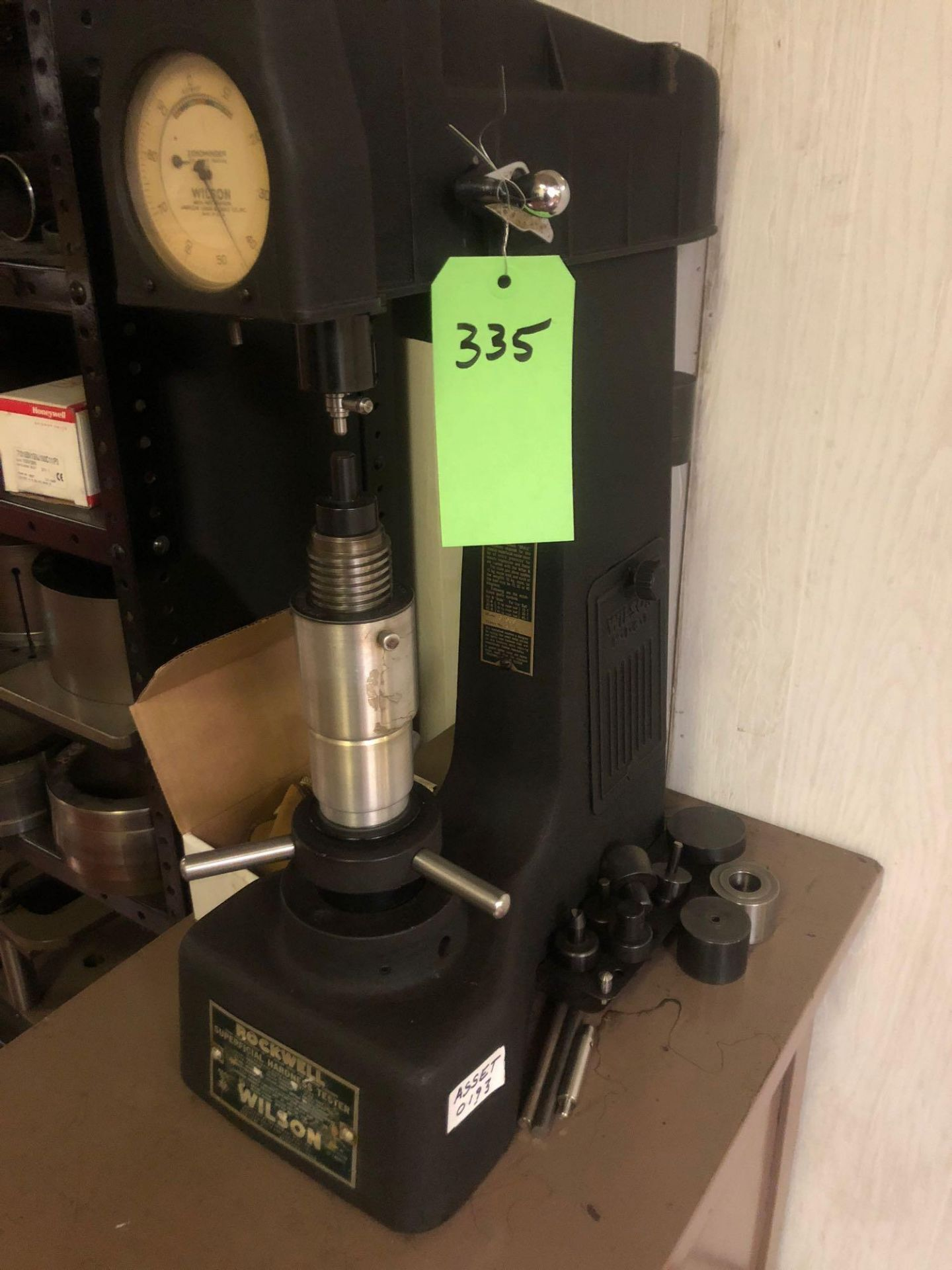 Lotto 335 - Rockwell/Wilson Hardness Tester #3 OUS