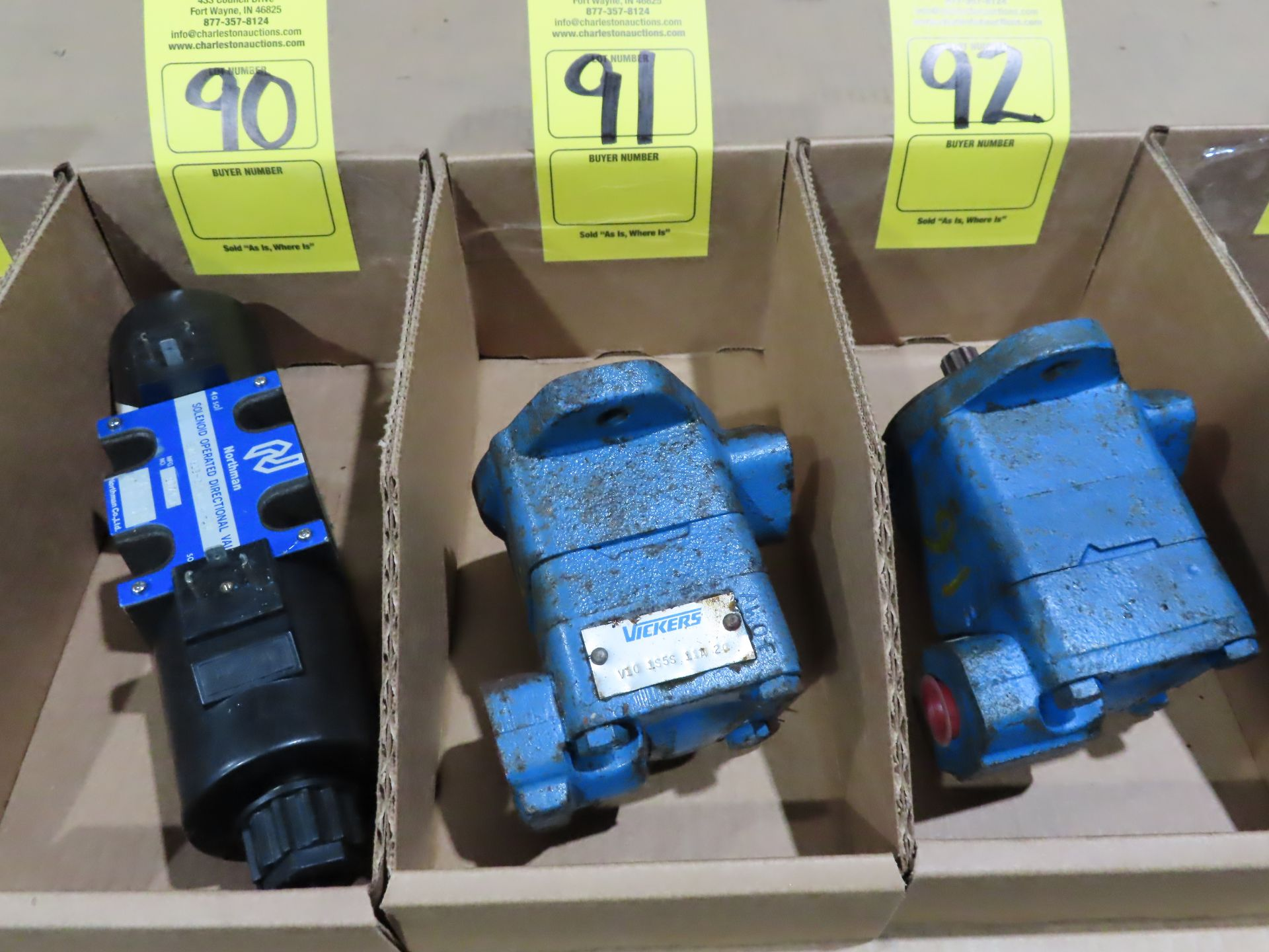 Lot 91 - Vickers pump model V10-1S5S-11A-20, as always, with Brolyn LLC auctions, all lots can be picked up