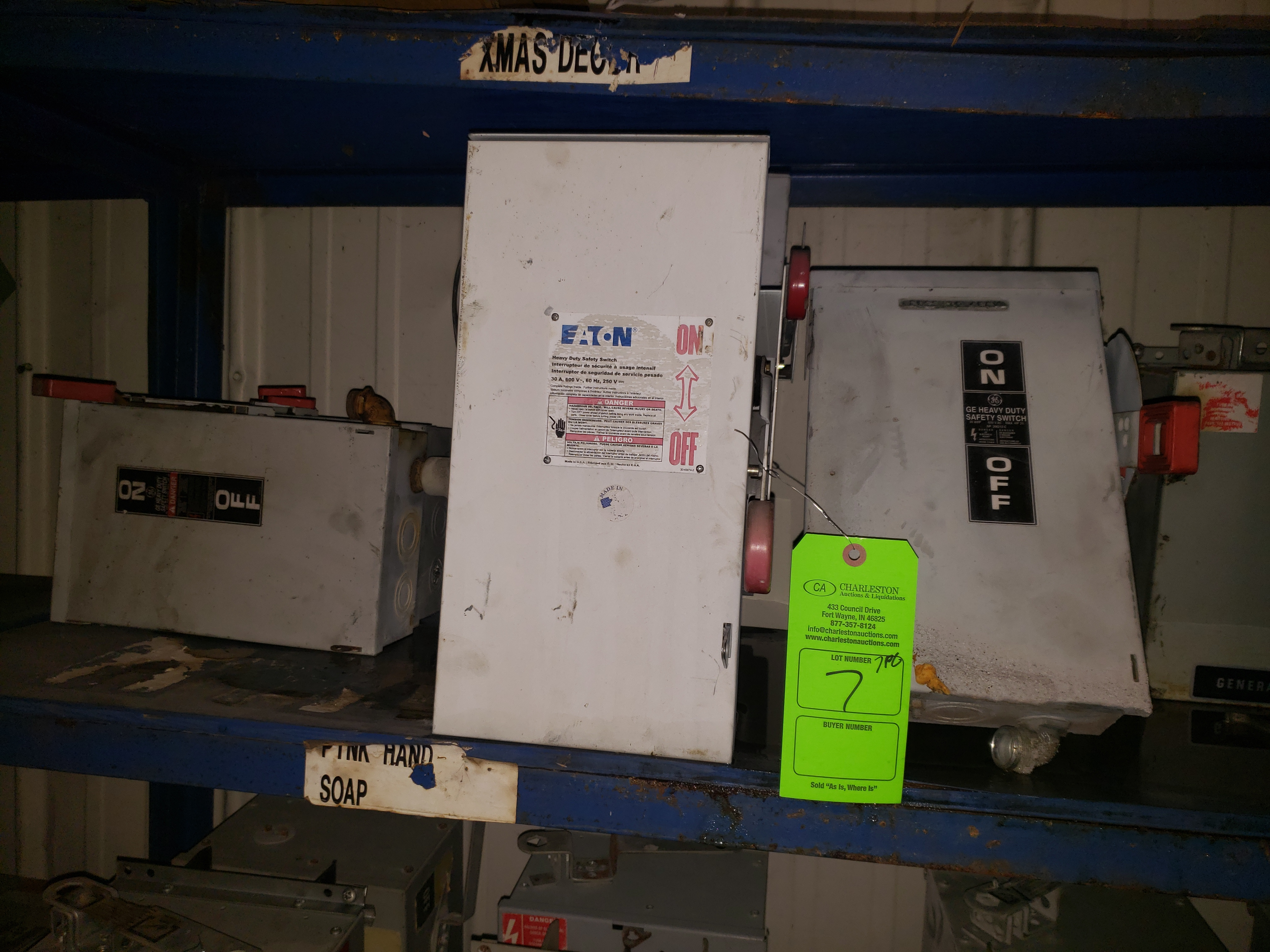 Lot 7 - (5) GE HEAVY DUTY SAFETY SWITCHES 30A/600VAC/20HP (2) EATON HEAVY DUTY SAFETY SWITCH 600VAC/30AMP
