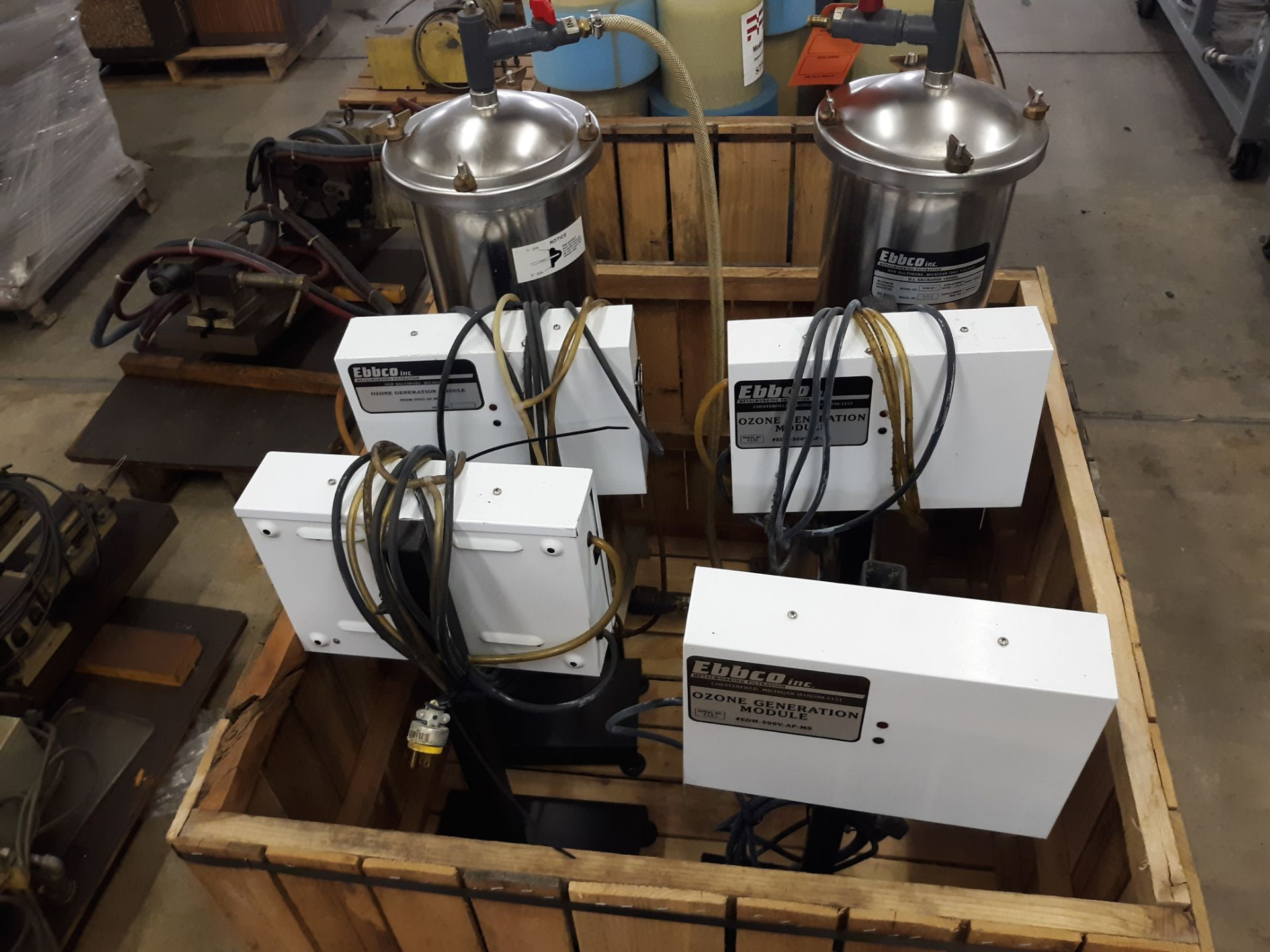 Lot 31 - (2) EBBCO D.I. EXCHANGE VESSELS ; (4) EBBCO OZONE GENERATION MODULES: RIGGING FEE: $10