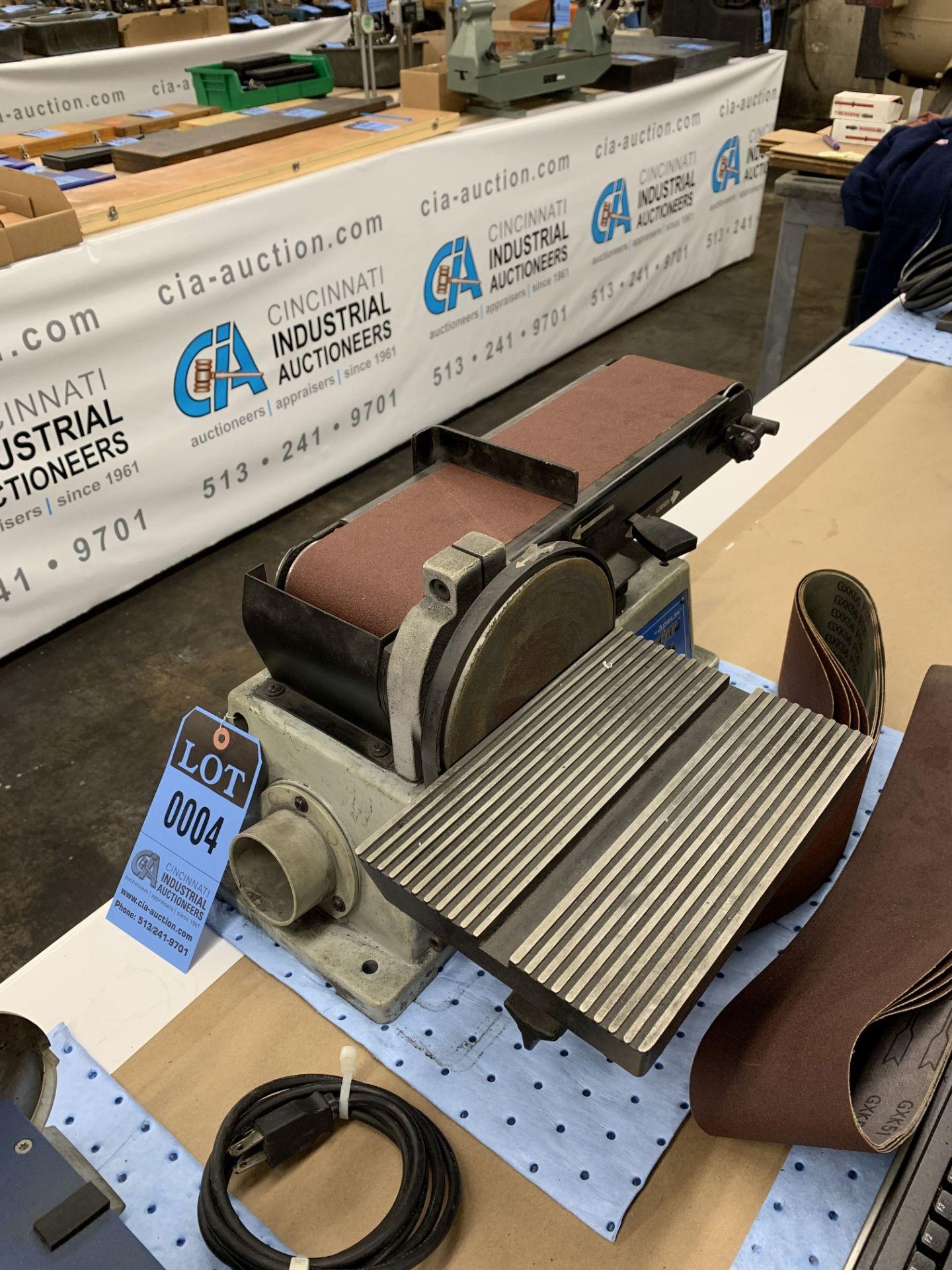 """Lot 4 - 6"""" BELT / 4"""" DISC DELTA MODEL SM500 SHOPMASTER SANDER"""
