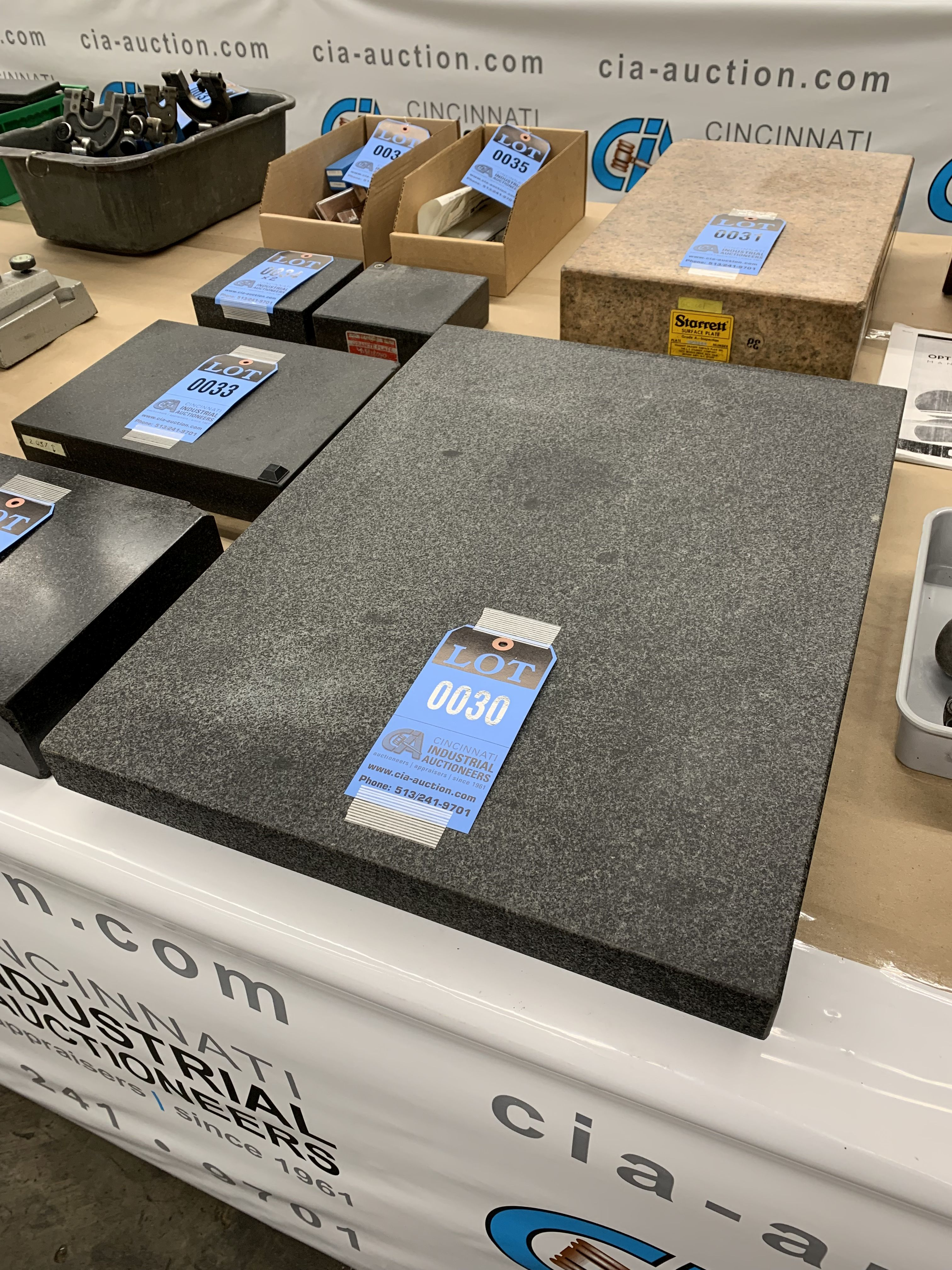 """Lot 30 - 18"""" X 24"""" X 3"""" THICK TWO LEDGE BLACK GRANITE SURFACE PLATE"""