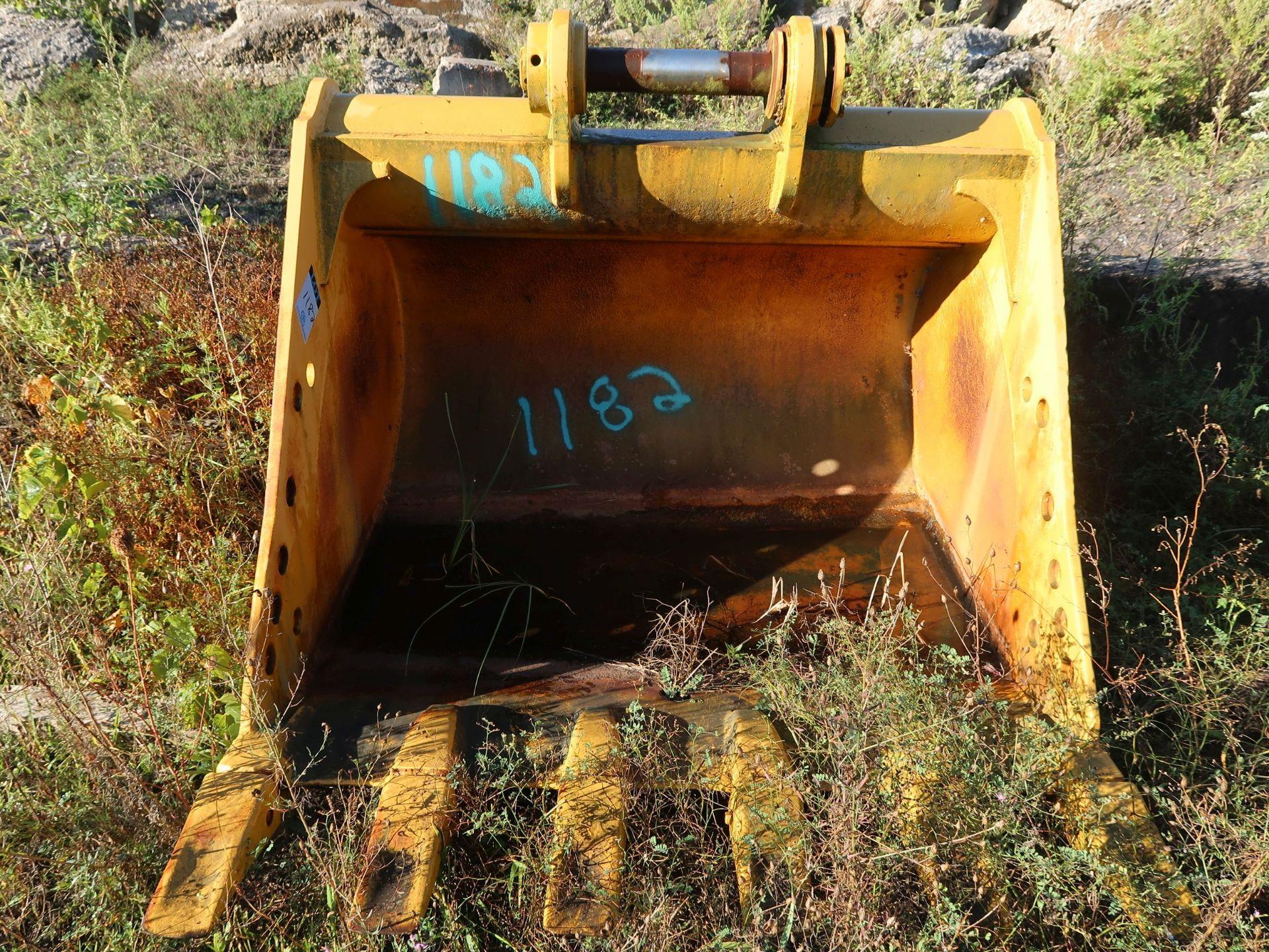 """Lot 1182 - 62"""" EXCAVATOR BUCKET"""