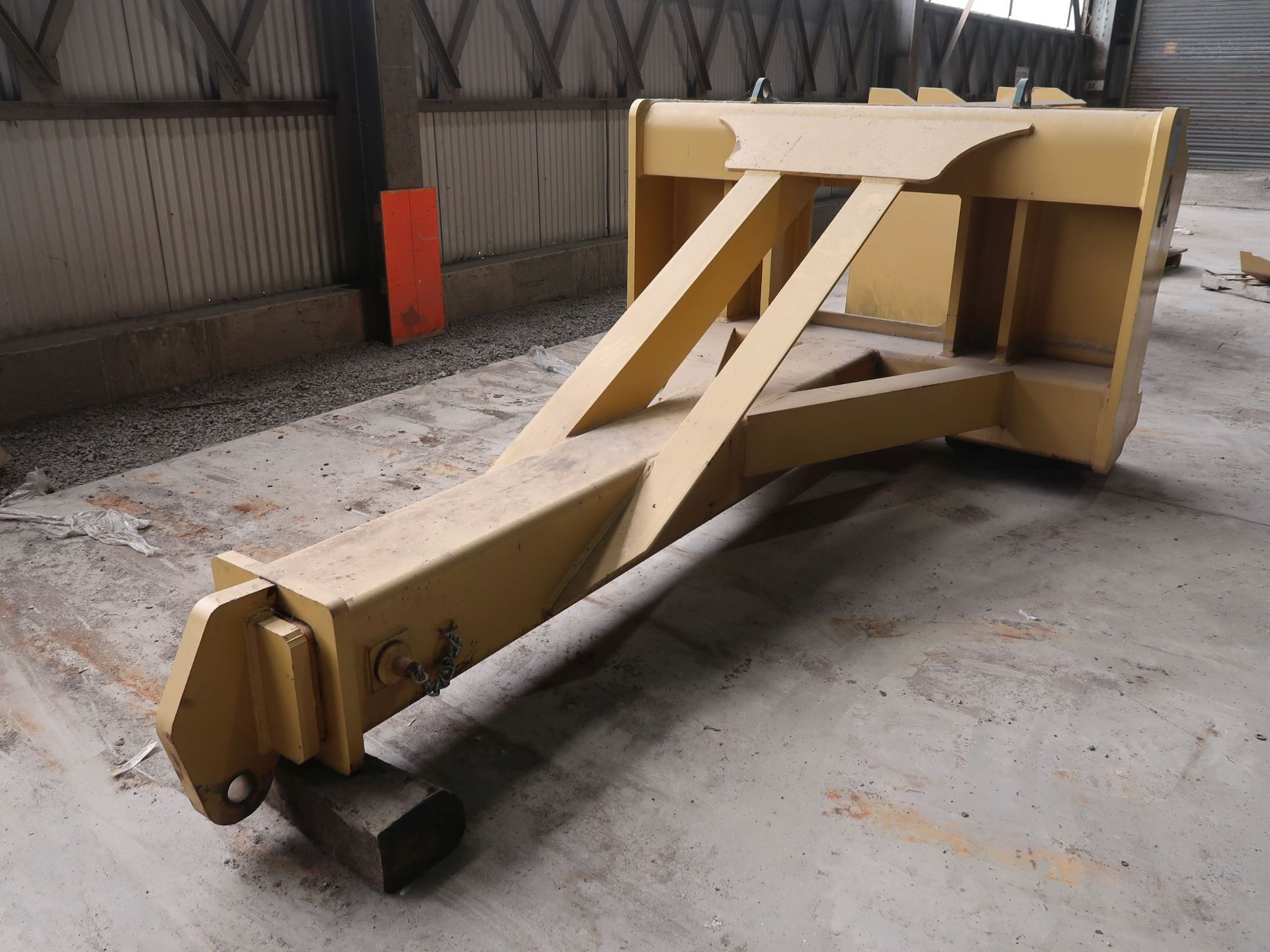 Lot 1040 - DYMAX MODEL 5244D1 BOOM ATTACHMENT (LIKE NEW); S/N 152454, 8' LONG MAIN ARM WITH TELESCOPING END