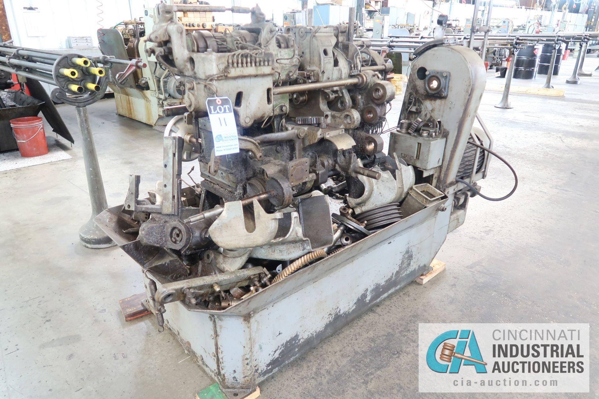 "Lot 11 - 3/4"" DAVENPORT 5-SPINDLE SCREW MACHINE; S/N 7072 **THIS MACHINE IS PARTS ONLY SCREW MACHINE**"