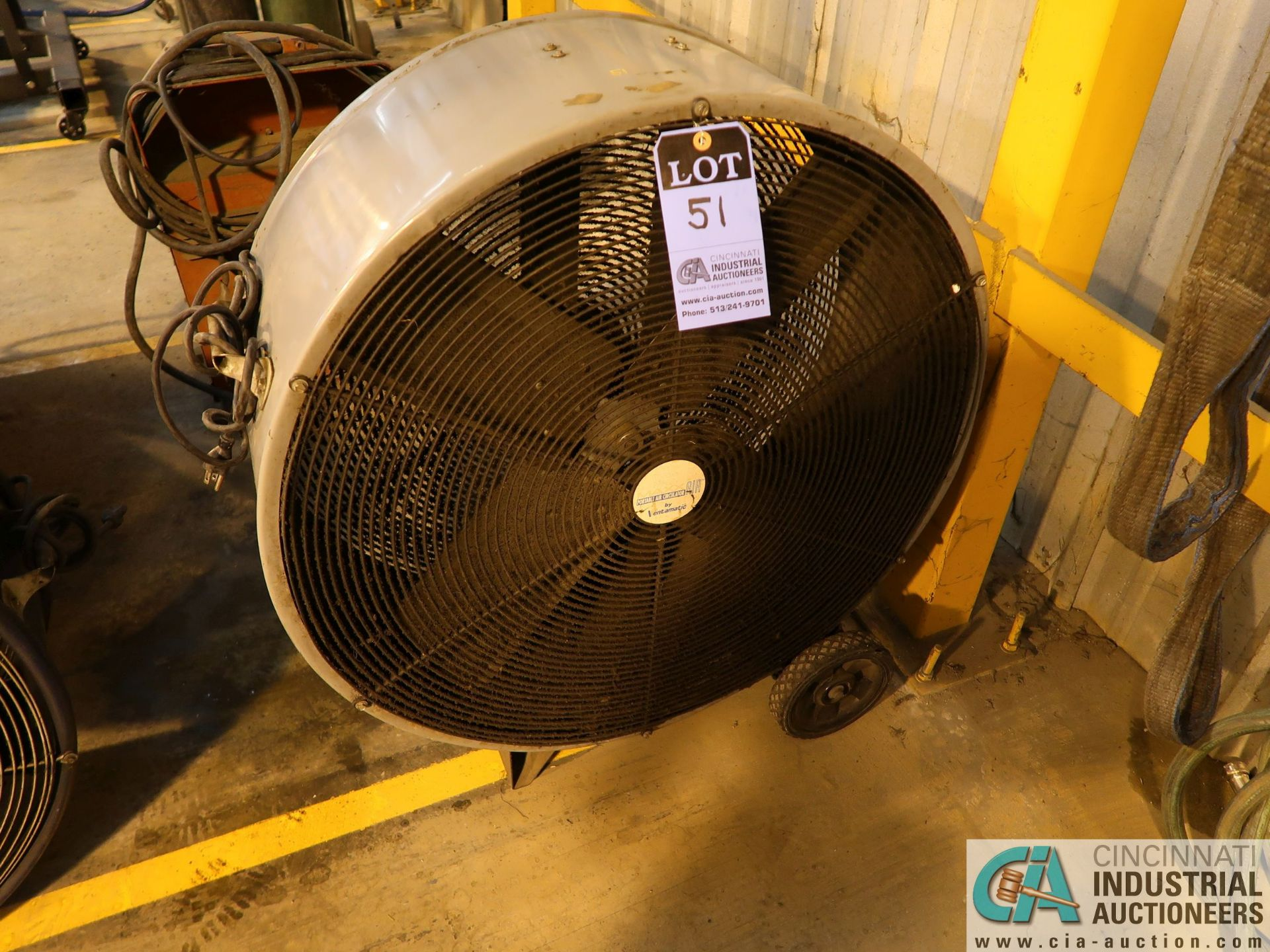 "Lot 51 - 30"" DIAMETER ENTAMATIC DRUM TYPE PORTABLE AIR CIRCULATOR"