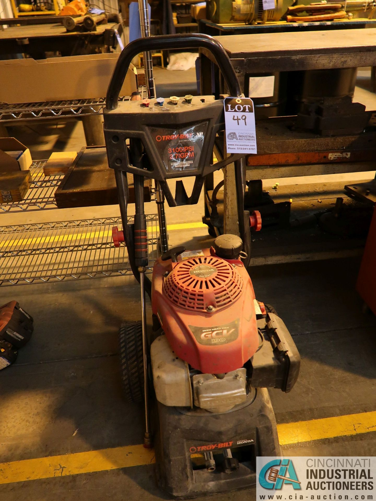 Lot 49 - TROY-BILT XP SERIES 3100 PSI GAS POWERED PRESSURE WASHER WITH WAND **NEEDS WATER HOSE**