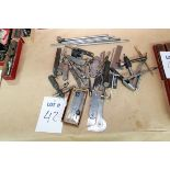 Lotto 42 - LOT OF MEASURING TOOLS