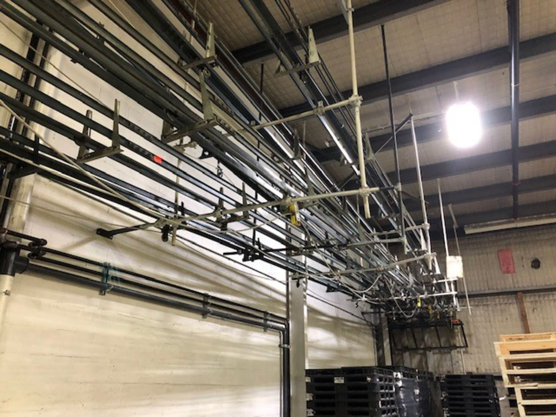 Lot 26 - Empty containers cable conveyors (2xgallons, 1xquarts) Cable Conveyor Systems