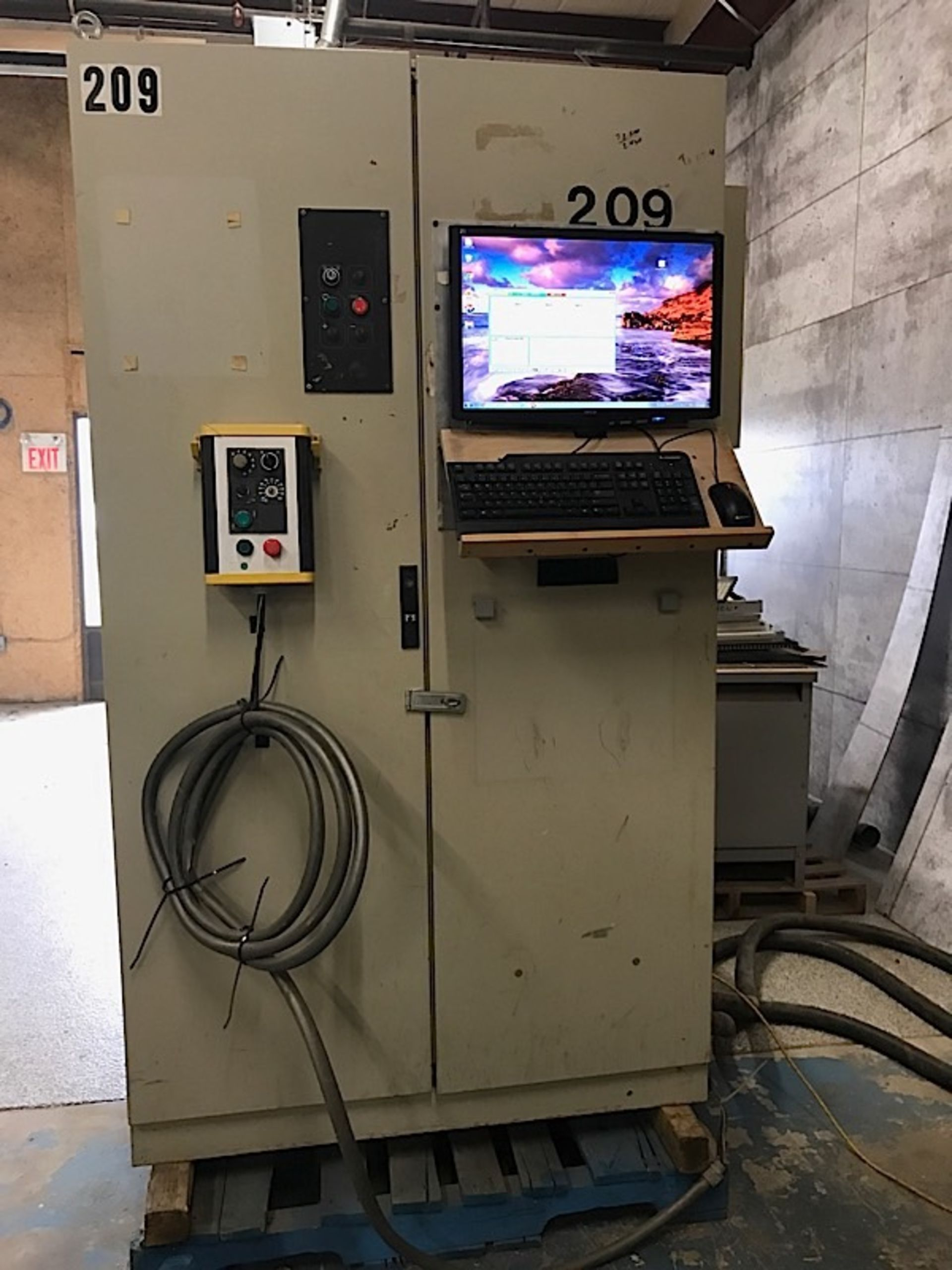 Lot 1 - SCM CNC ROUTER w/Vacuum Pump & Upgraded Computer