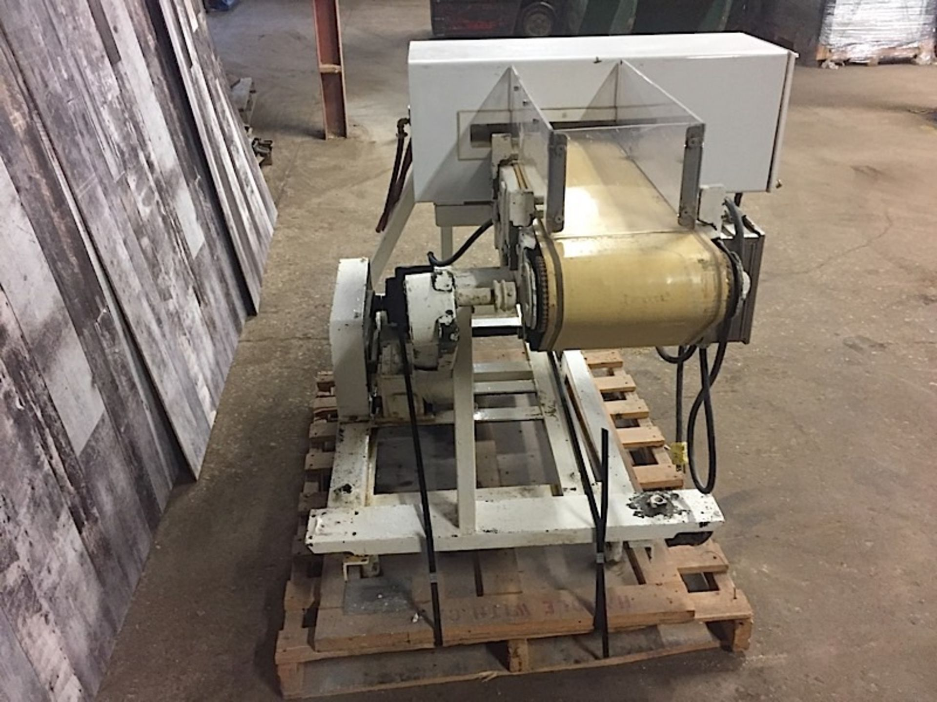 Lot 33 - HOUSE OF FILLING - FILLING MACHINE