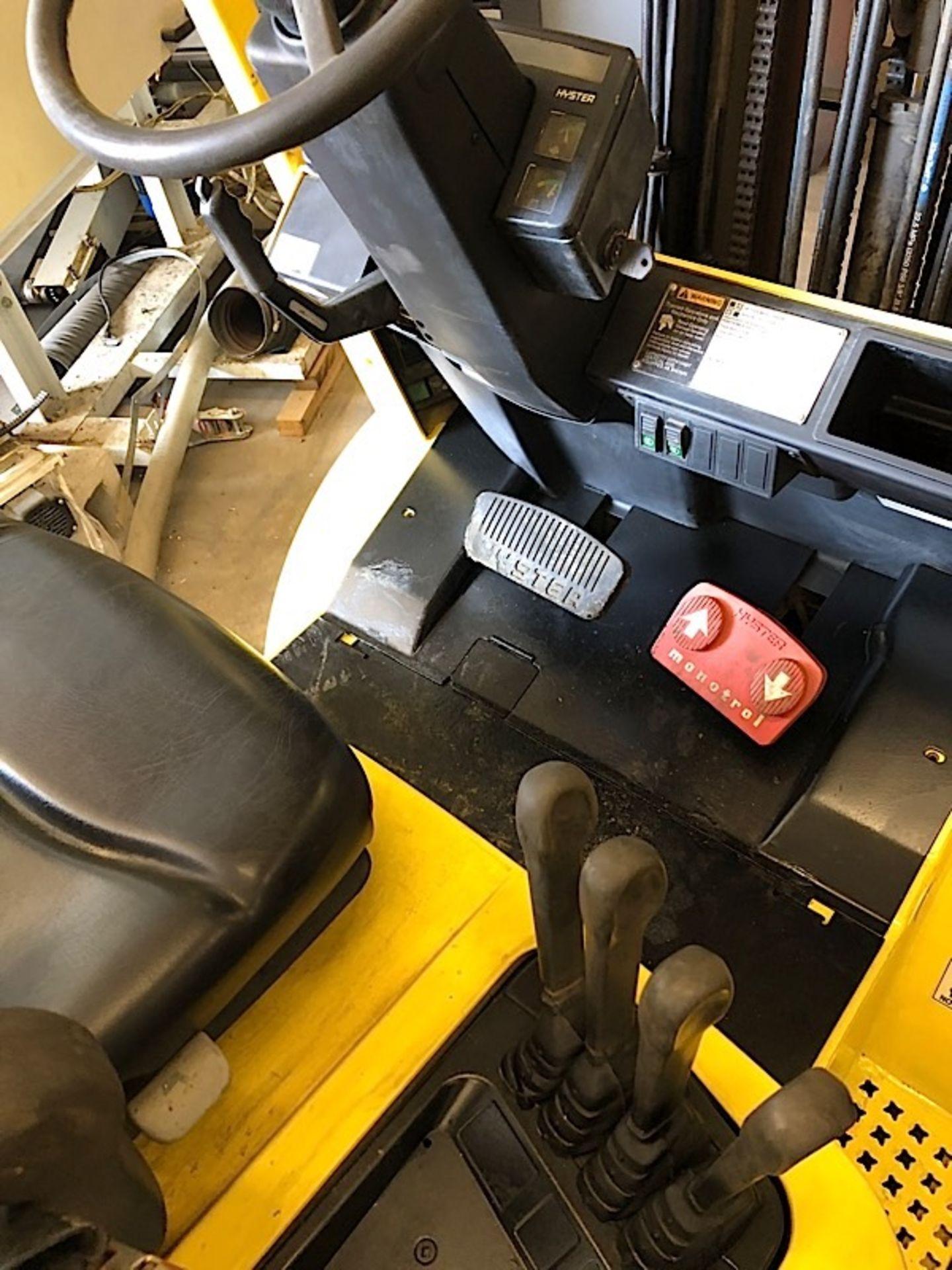 Lot 54 - Hyster (S50XM) 5,000 lbs. cap Outdoor / Pneumatic Tire LPG Forklift