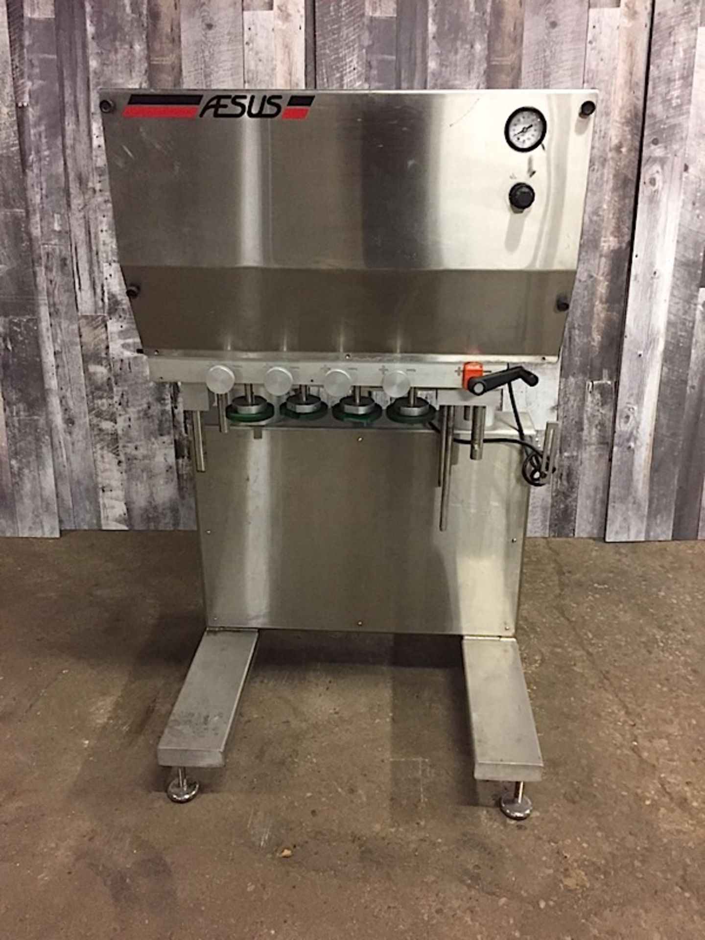 Lot 26 - AESUS CAP INDUCTION SEALERFULL STAINLESS STEEL CLADDING ON A FULLY WELDED STAINLESS STEEL TUBULAR