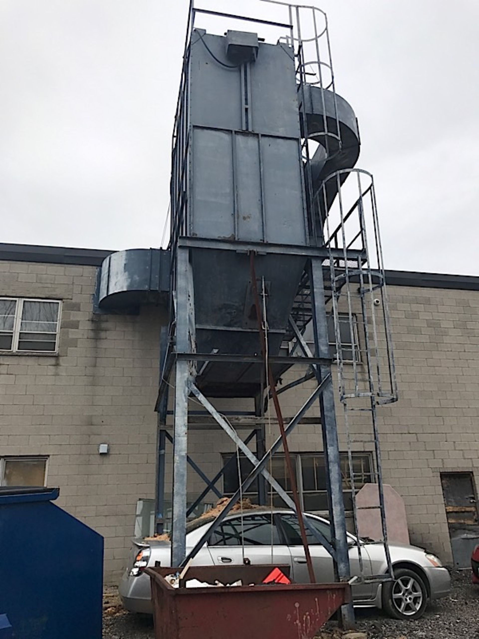 Lot 3 - 40 HP OUTDOOR DUST COLLECTOR W/ STARTER (BUYER RESPONSIBLE FOR PAYING $2,000 FOR REMOVAL)