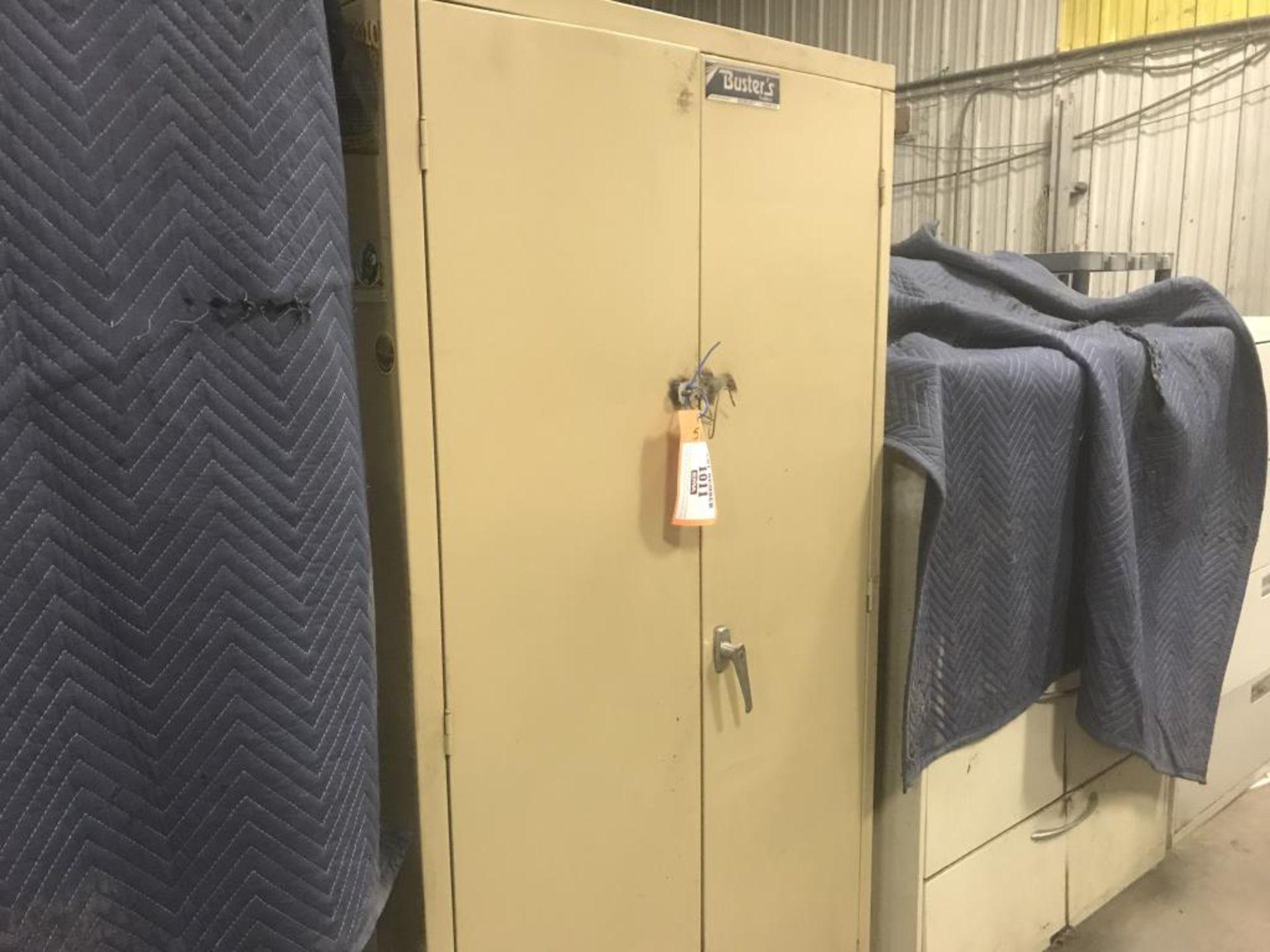 Lot 1011 - Storage cabinet