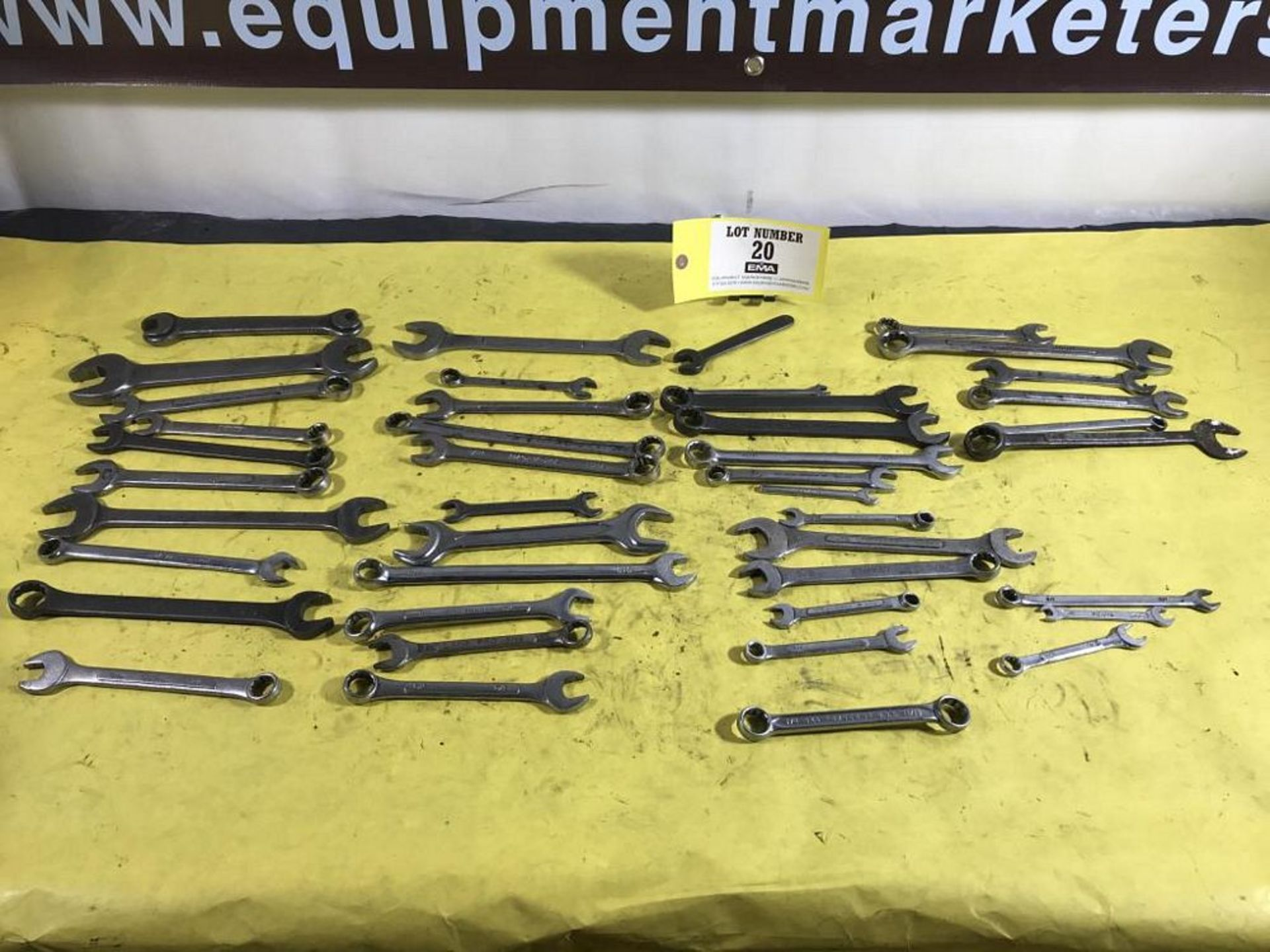 Lot 20 - Wrenches