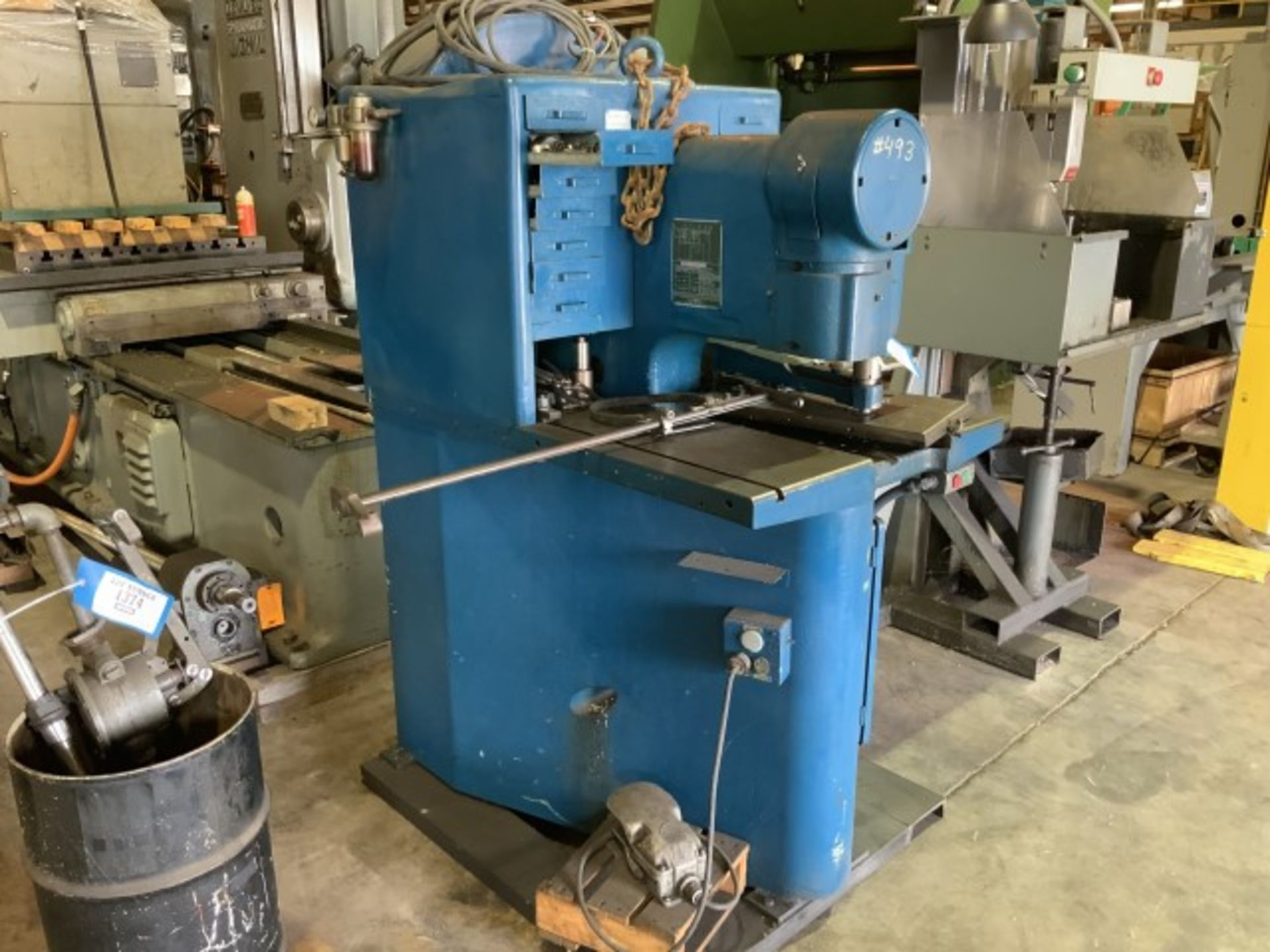 Lot 1375 - Single end punch