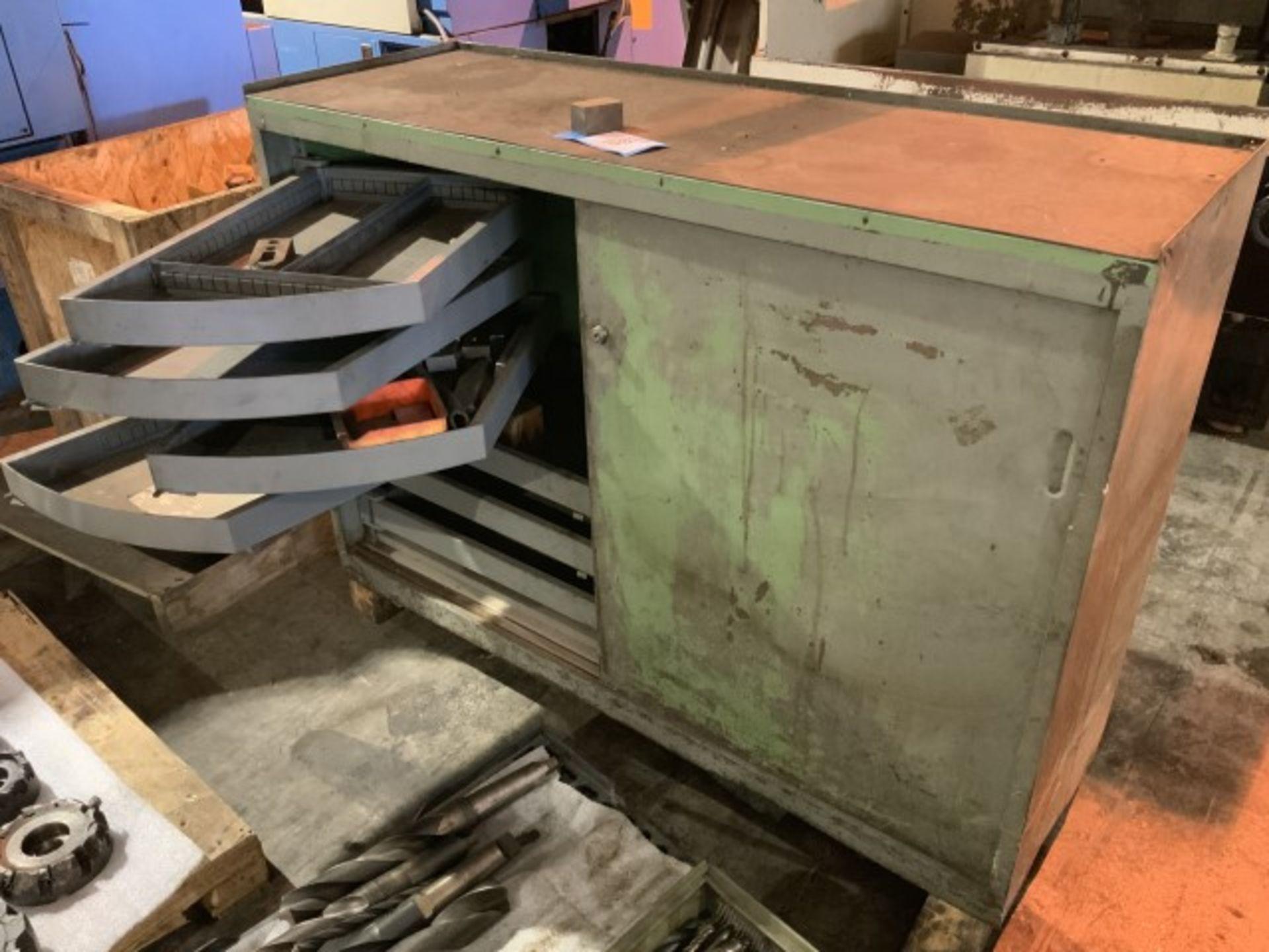 Lot 1385 - Metal cabinet
